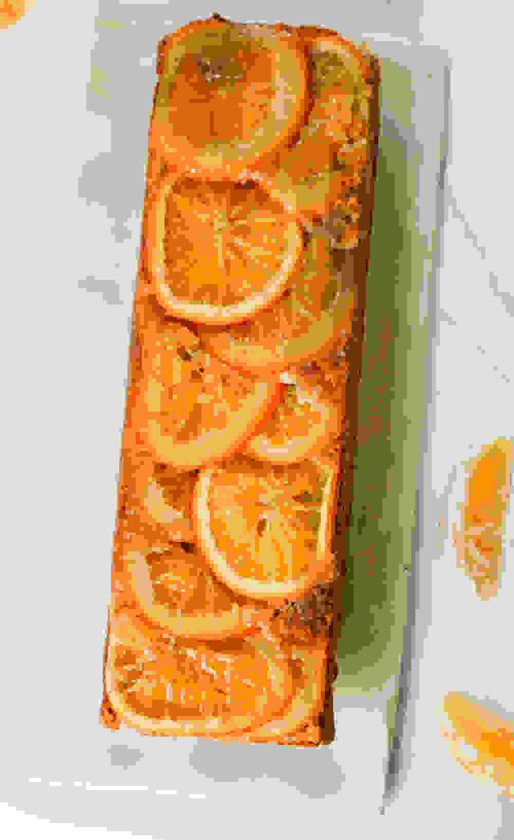 upside down orange cake and slices of orange