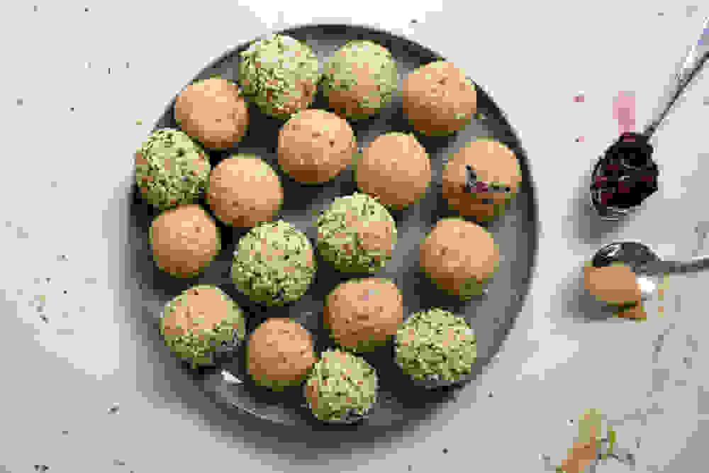 peanut butter berries bliss balls