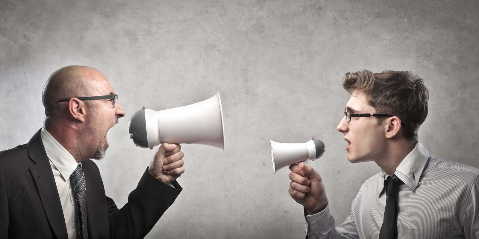 Munkahelyi konfliktusok 2. Ha már az első napodon kikezdenek a munkatársak...