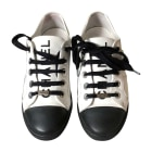 Sneakers CHANEL Weiß, elfenbeinfarben
