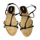 Sandales plates  MIU MIU Beige, camel
