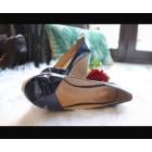 Sandales compensées VINCE CAMUTO Bleu, bleu marine, bleu turquoise
