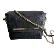 Leather Shoulder Bag PETITE MENDIGOTE Black