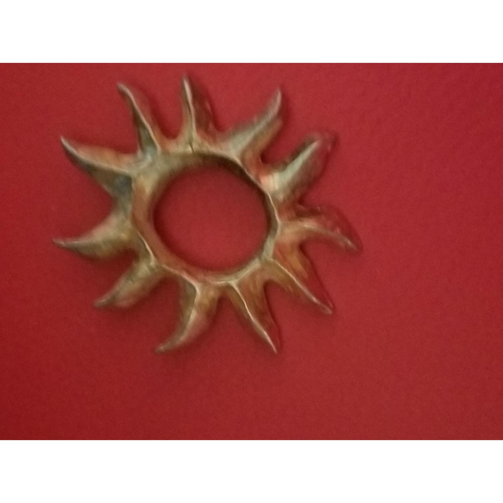 Pendentif, collier pendentif LANCÔME Doré, bronze, cuivre