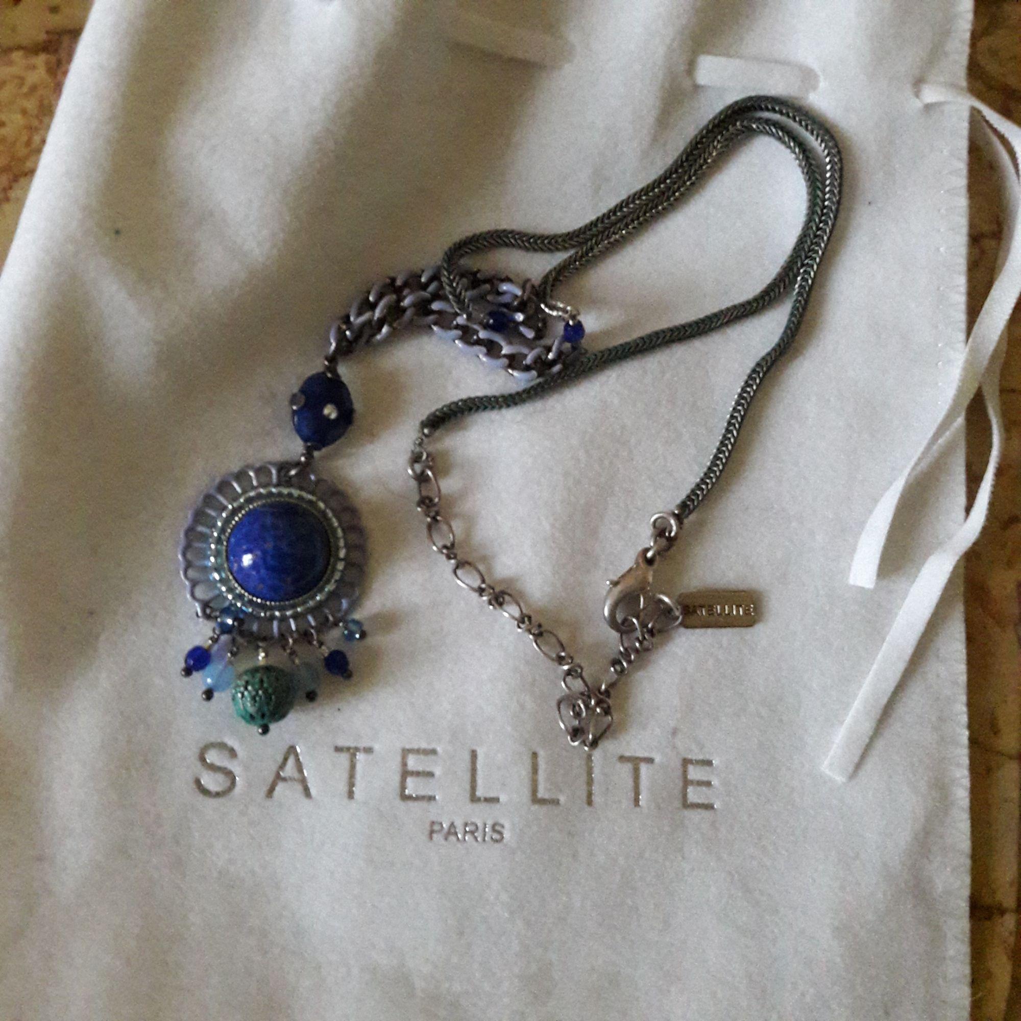 Pendentif, collier pendentif SATELLITE Bleu, bleu marine, bleu turquoise