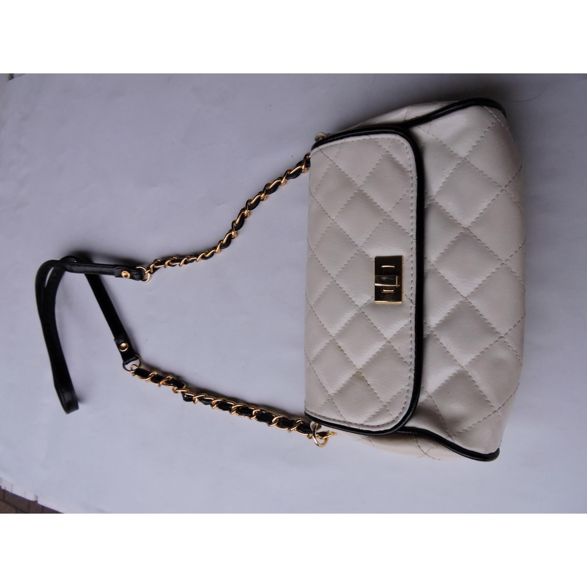 7306e16c17e Sac en bandoulière en cuir NEW LOOK blanc - 5126526