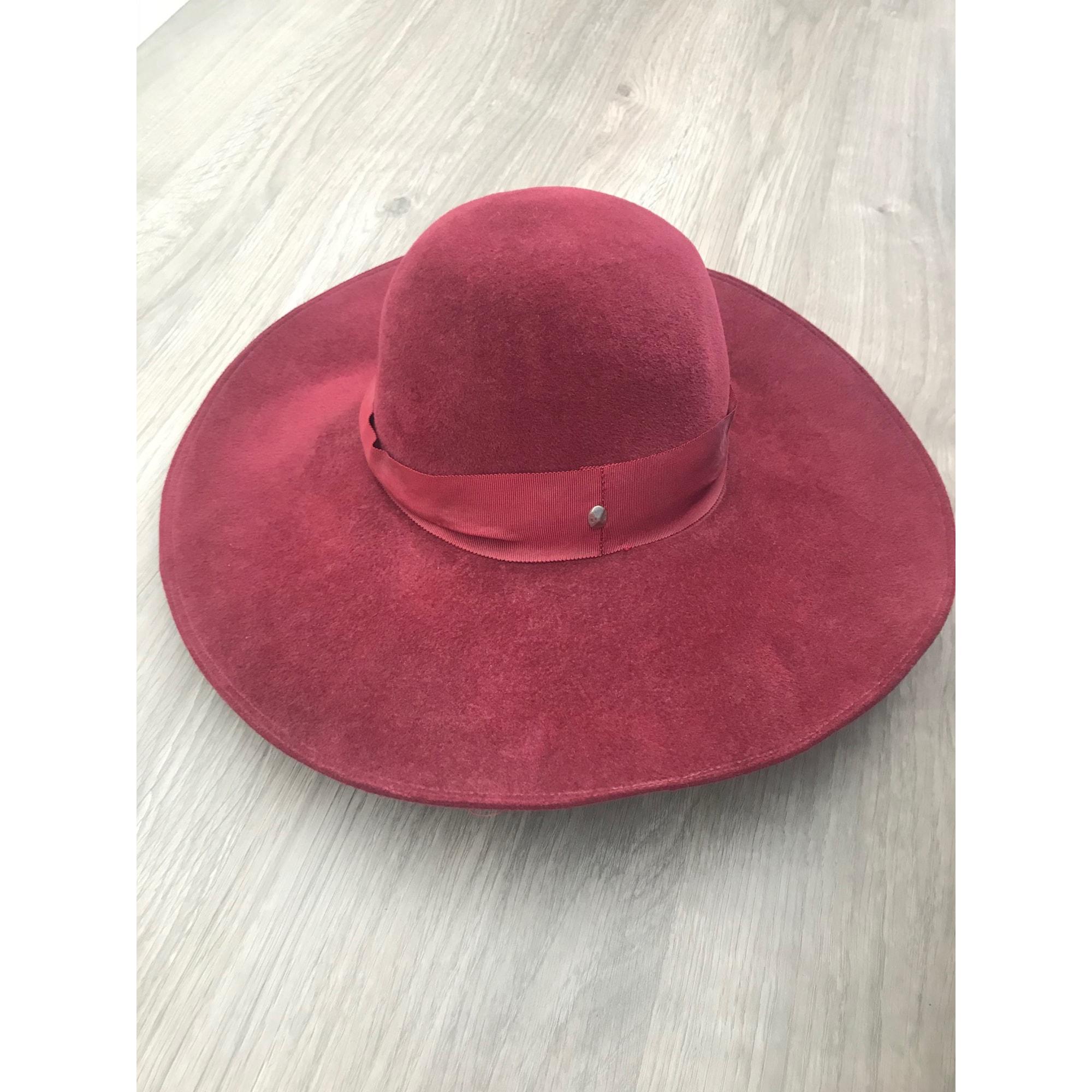 Chapeau DIOR Rouge, bordeaux