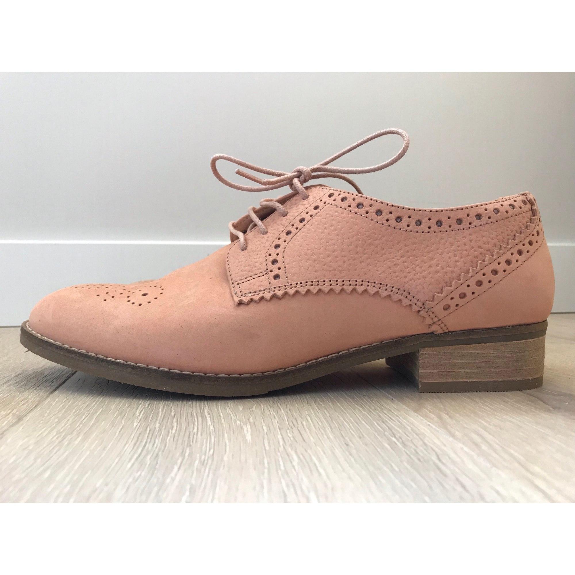 Chaussures à lacets  CLARKS Saumon pâle