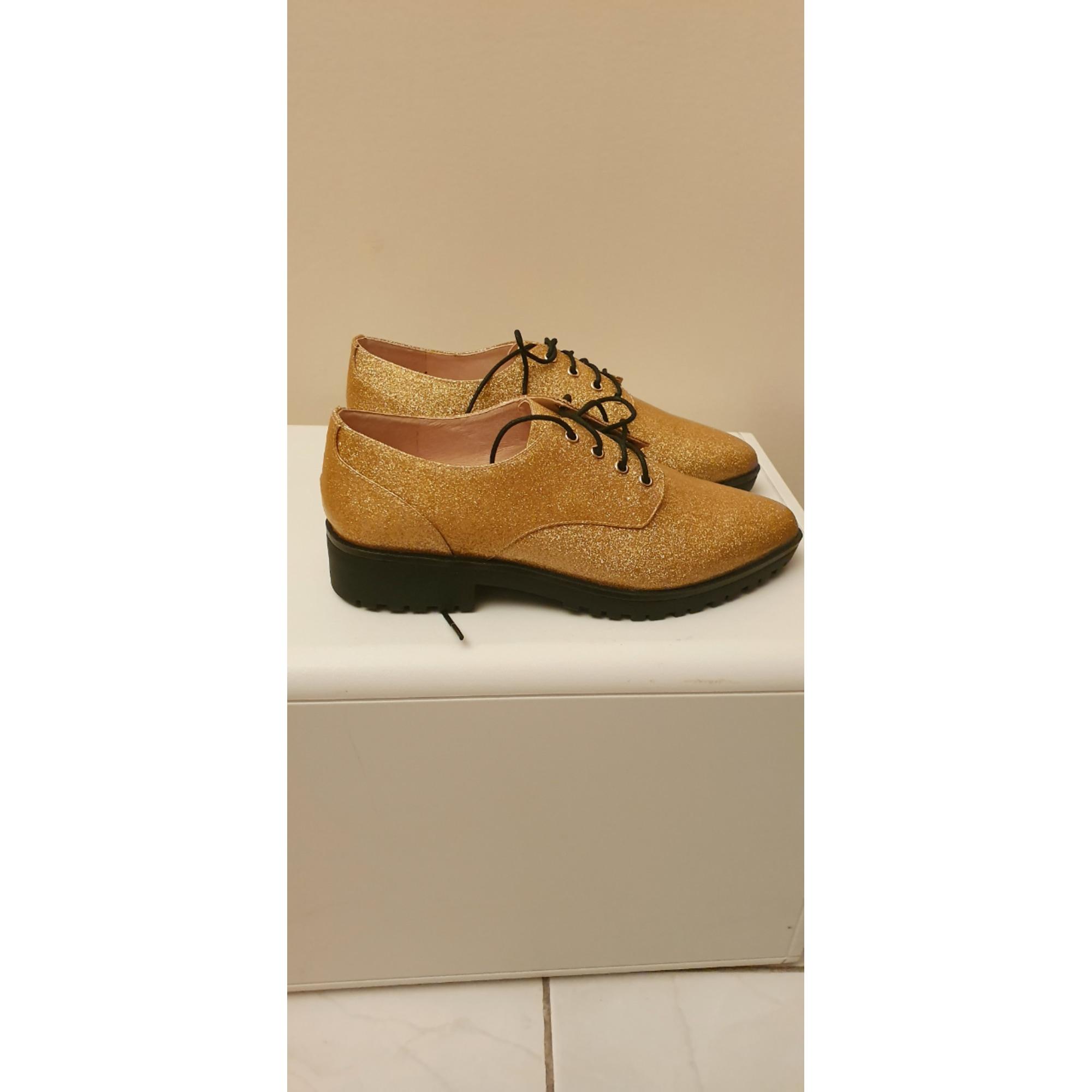 Chaussures à lacets  MELLOW YELLOW Doré, bronze, cuivre