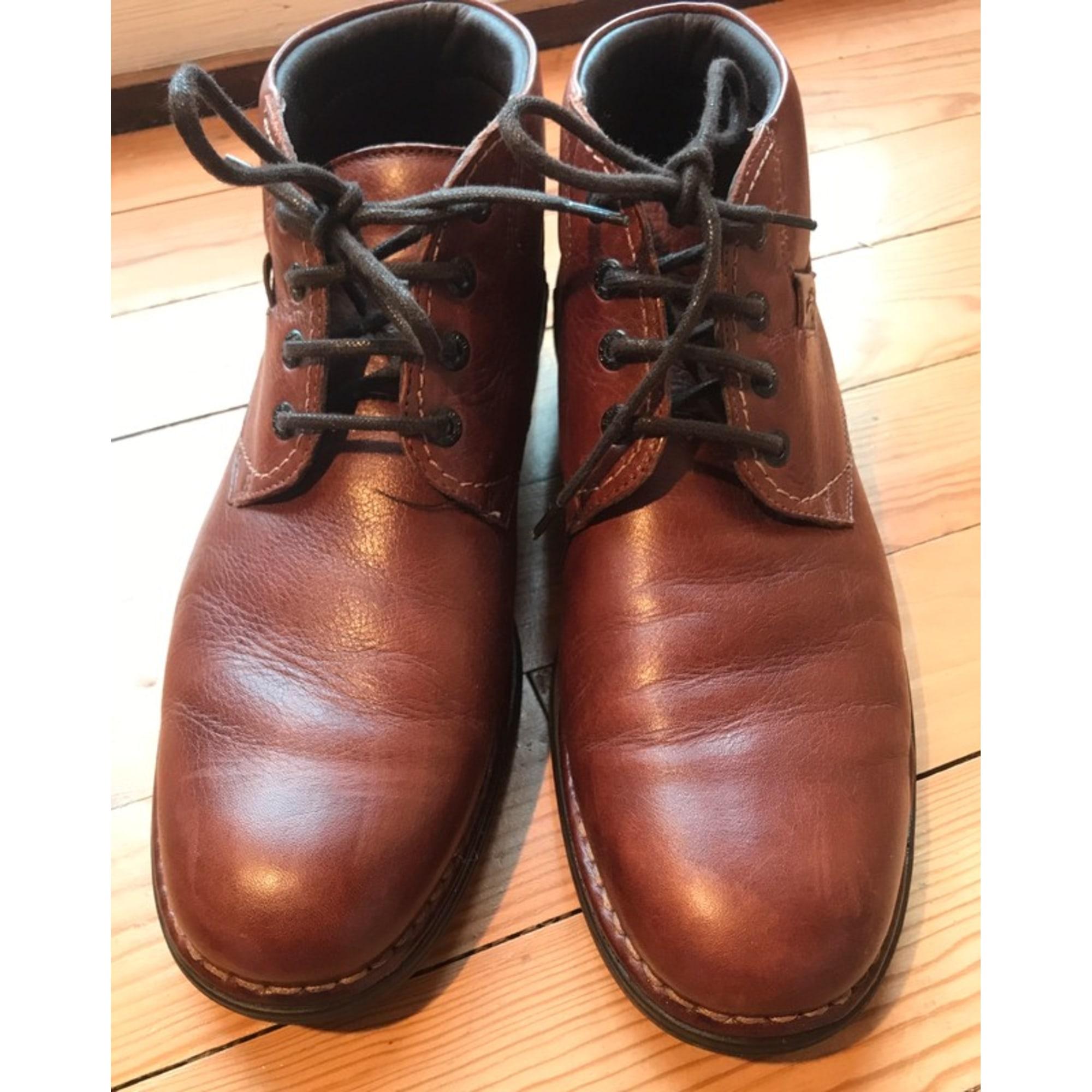 Chaussures à lacets FLUCHOS Marron