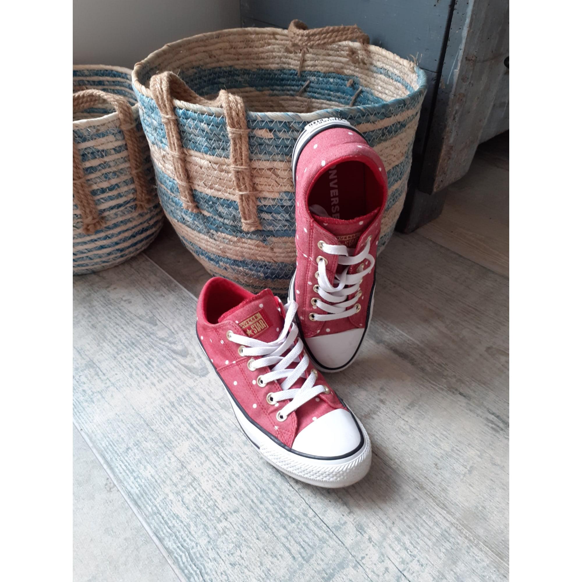 Baskets CONVERSE Rouge, bordeaux