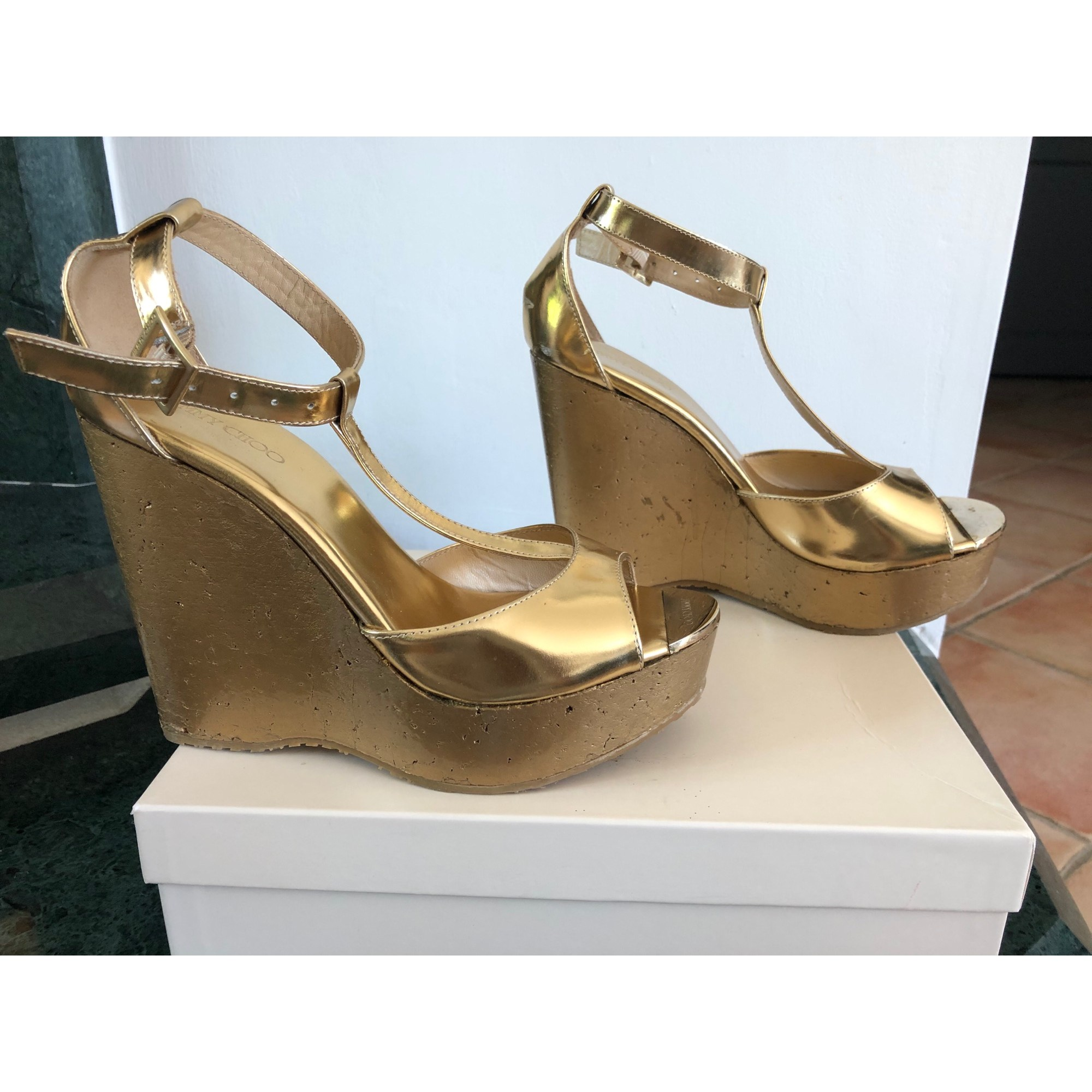 Sandales compensées JIMMY CHOO Doré, bronze, cuivre