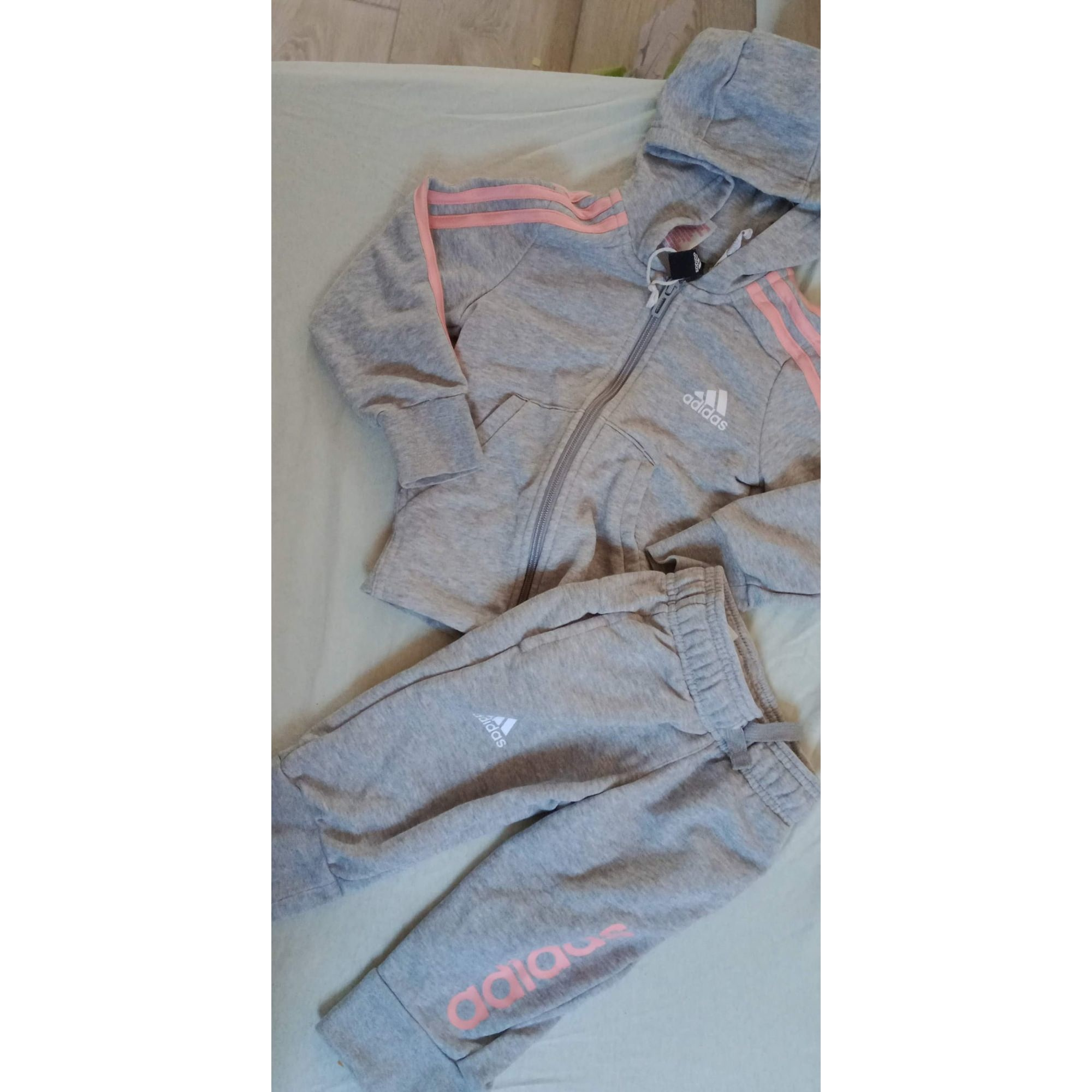 Ensemble & Combinaison pantalon ADIDAS Americana  Gris, anthracite