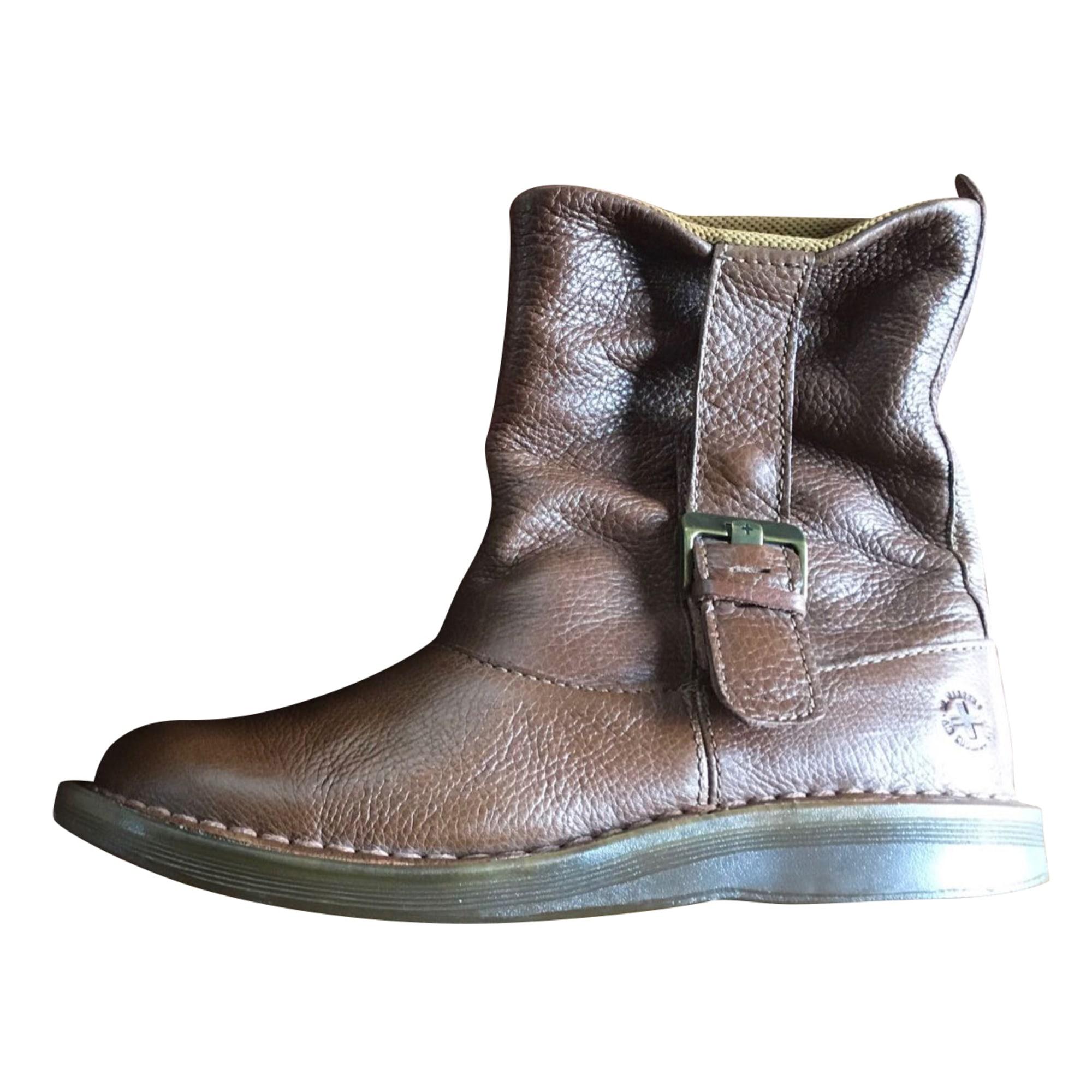 Bottines & low boots plates DR. MARTENS Marron