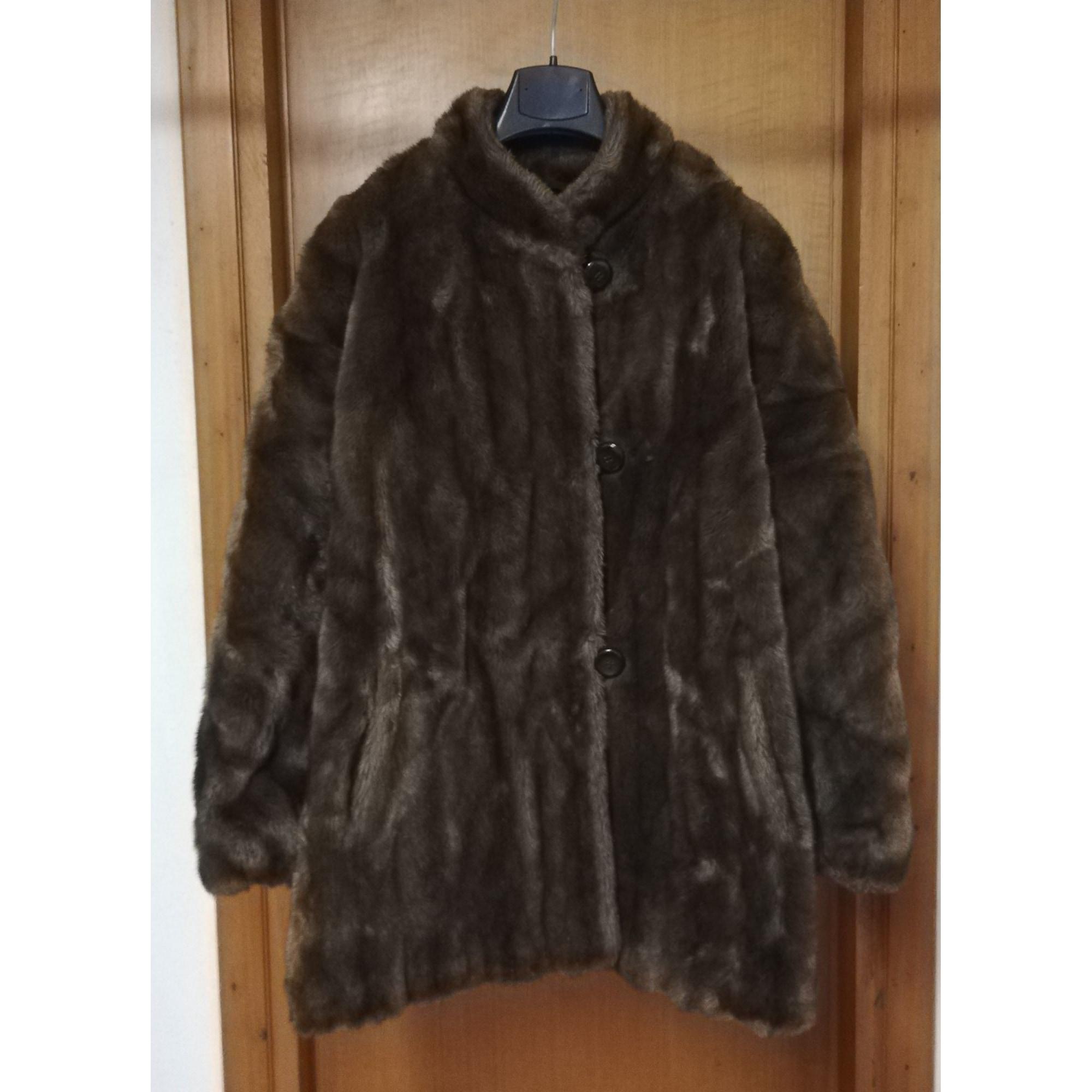 Manteau en fourrure DIANA BENTALL'S Marron