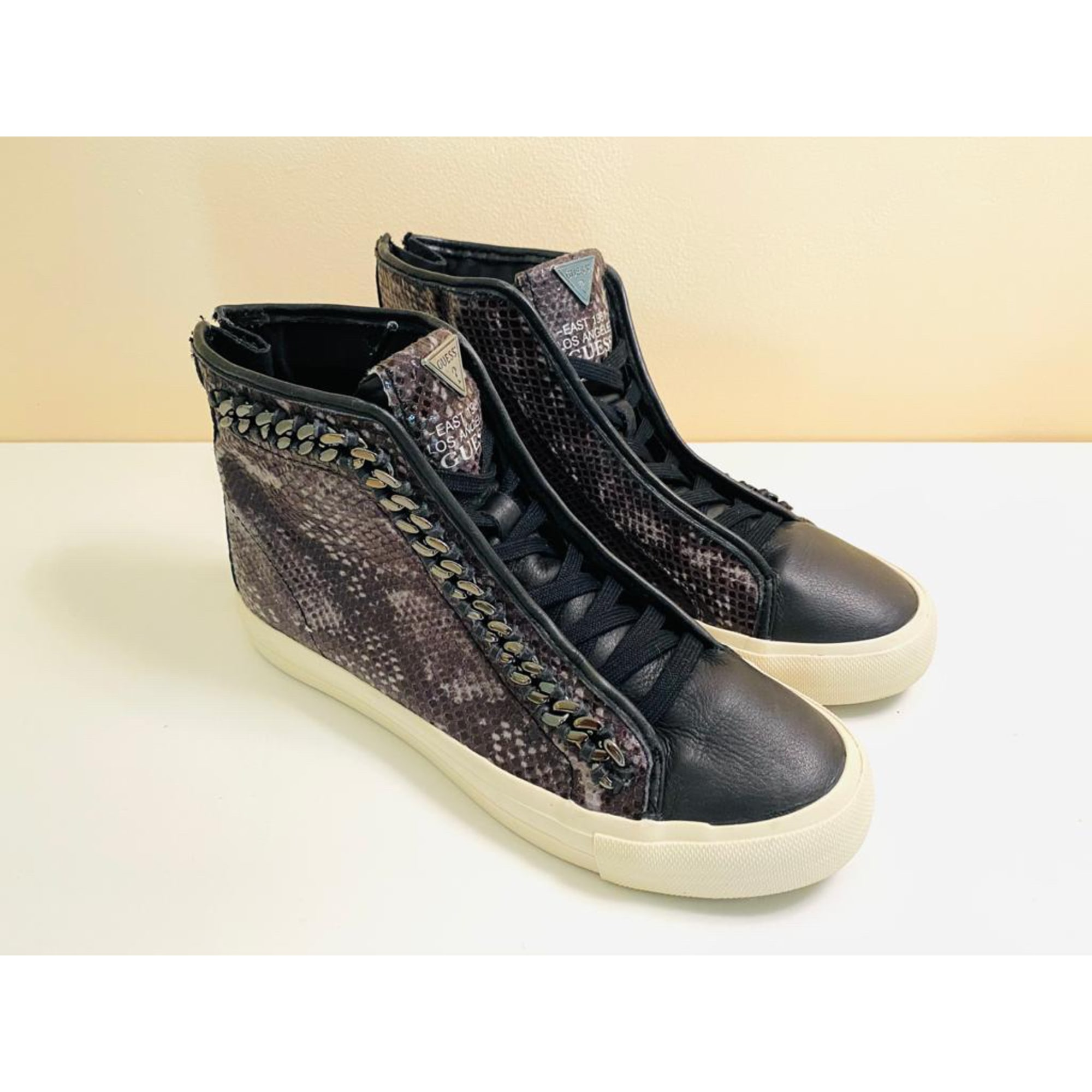 Lace Up Shoes GUESS Gray, charcoal