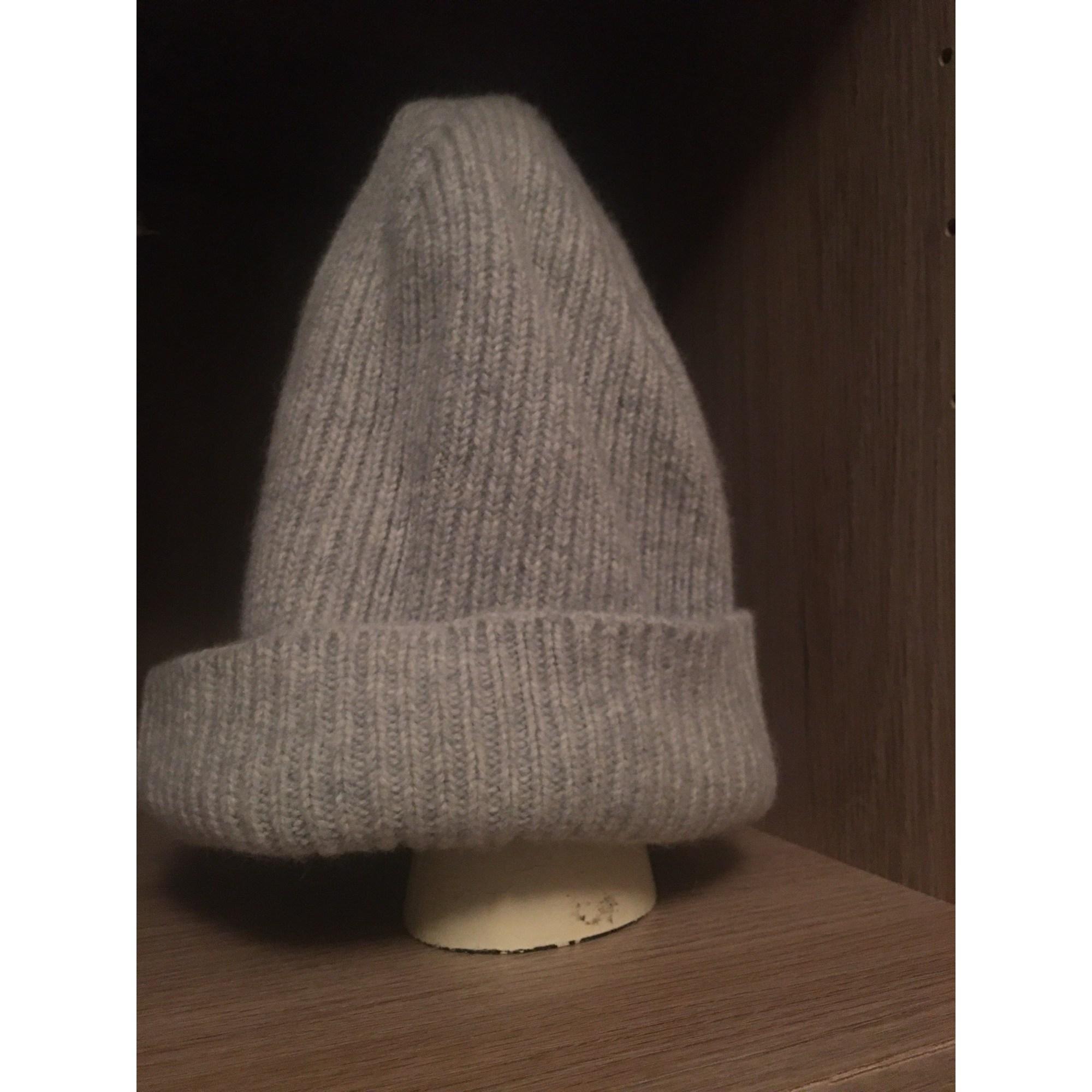 Bonnet MARQUE INCONNUE Gris, anthracite