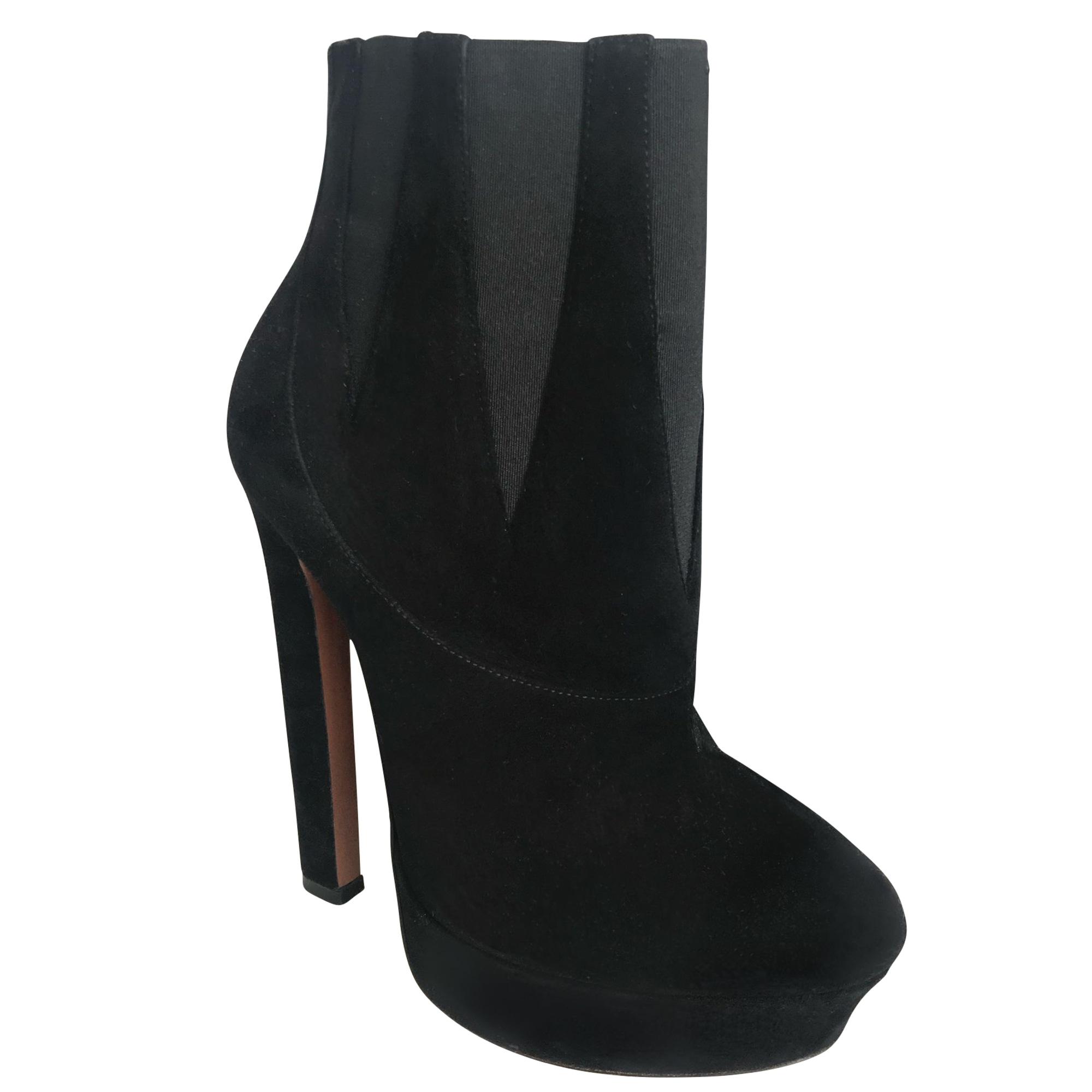 Bottines & low boots à compensés ALAÏA Noir