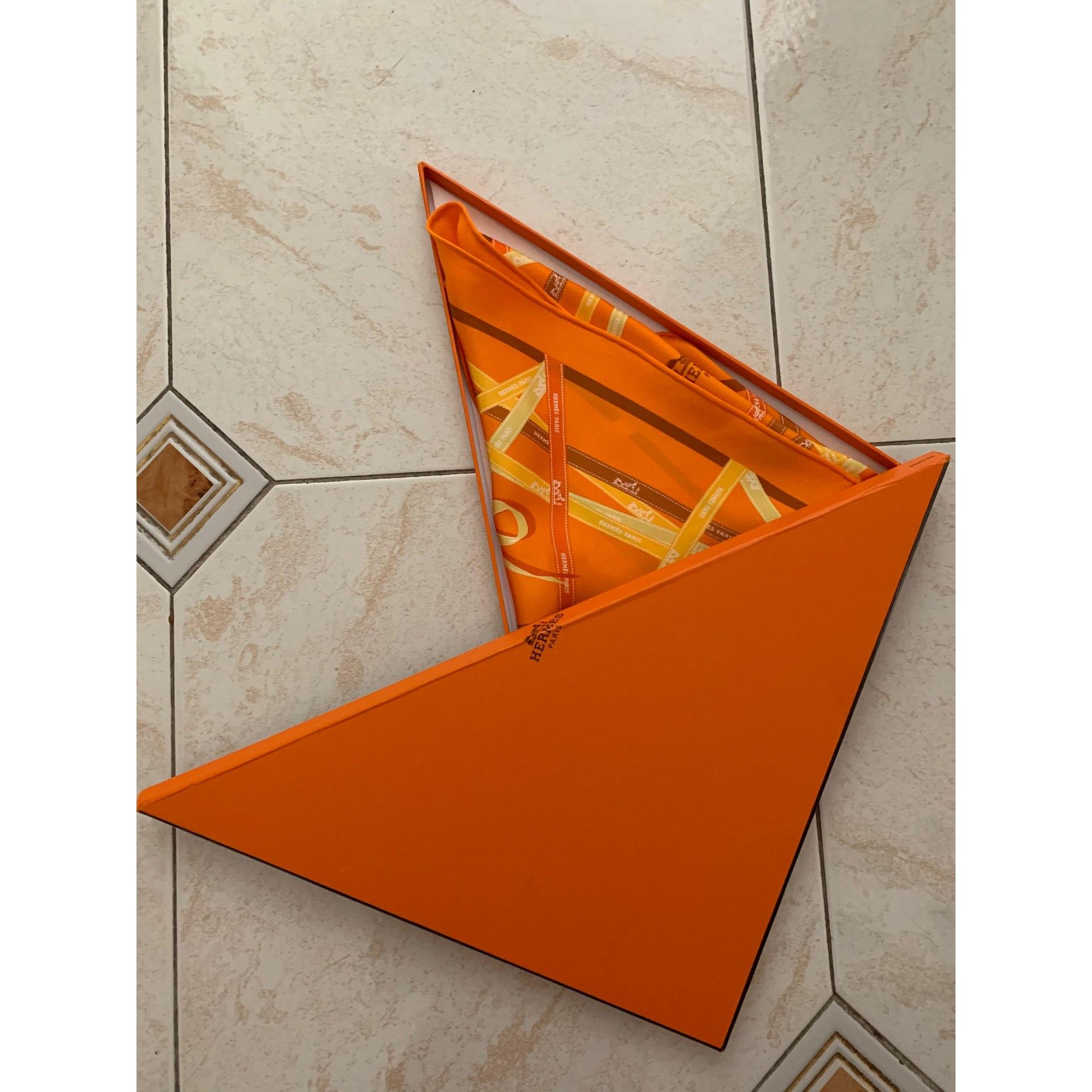 Foulard HERMÈS Losange Orange