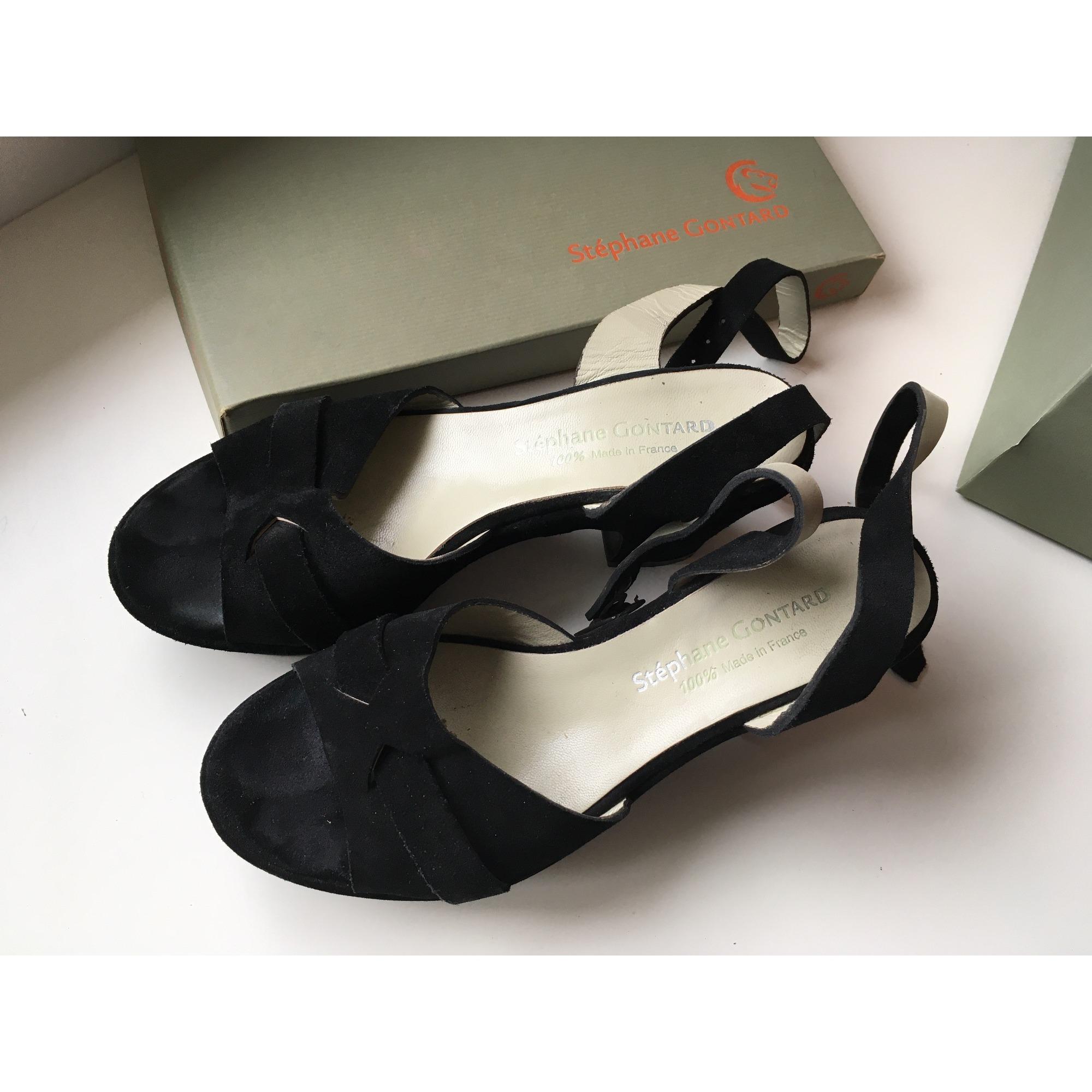Sandales compensées STÉPHANE GONTARD Noir
