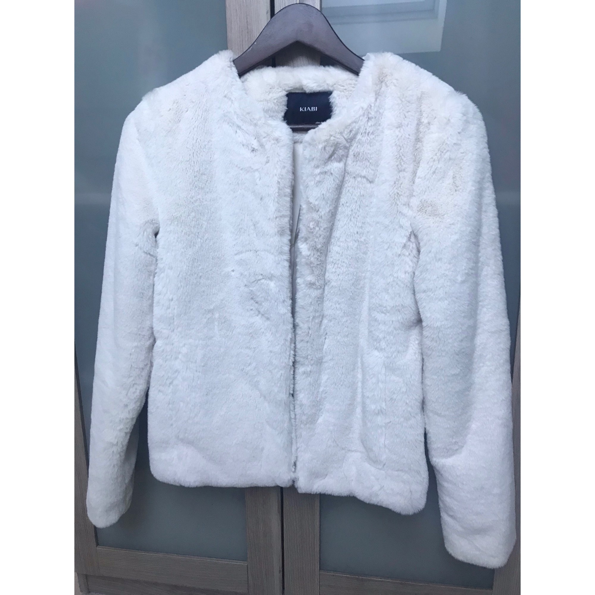 Blouson, veste en fourrure KIABI Blanc, blanc cassé, écru