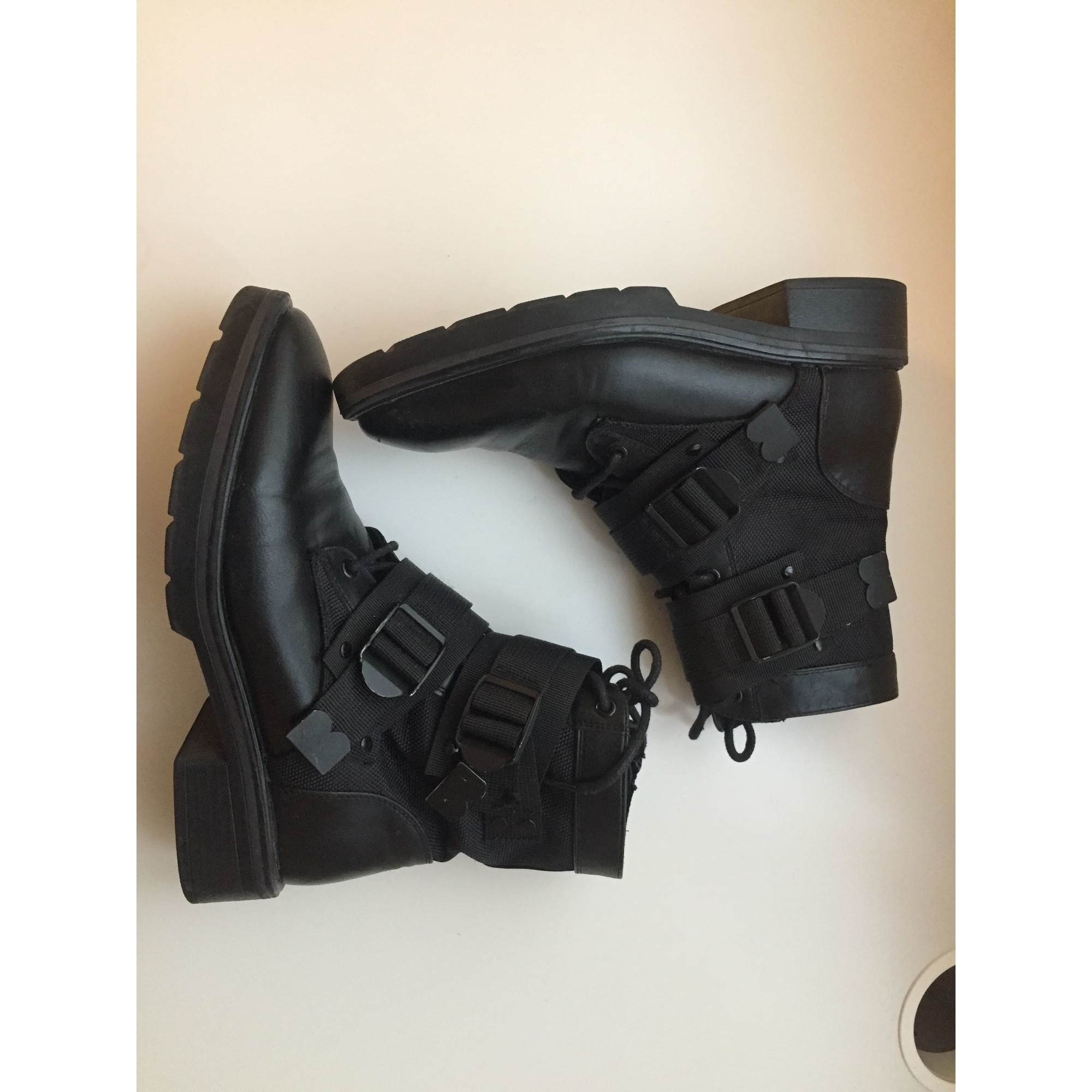 Bottines & low boots plates SIXTY SEVEN Noir