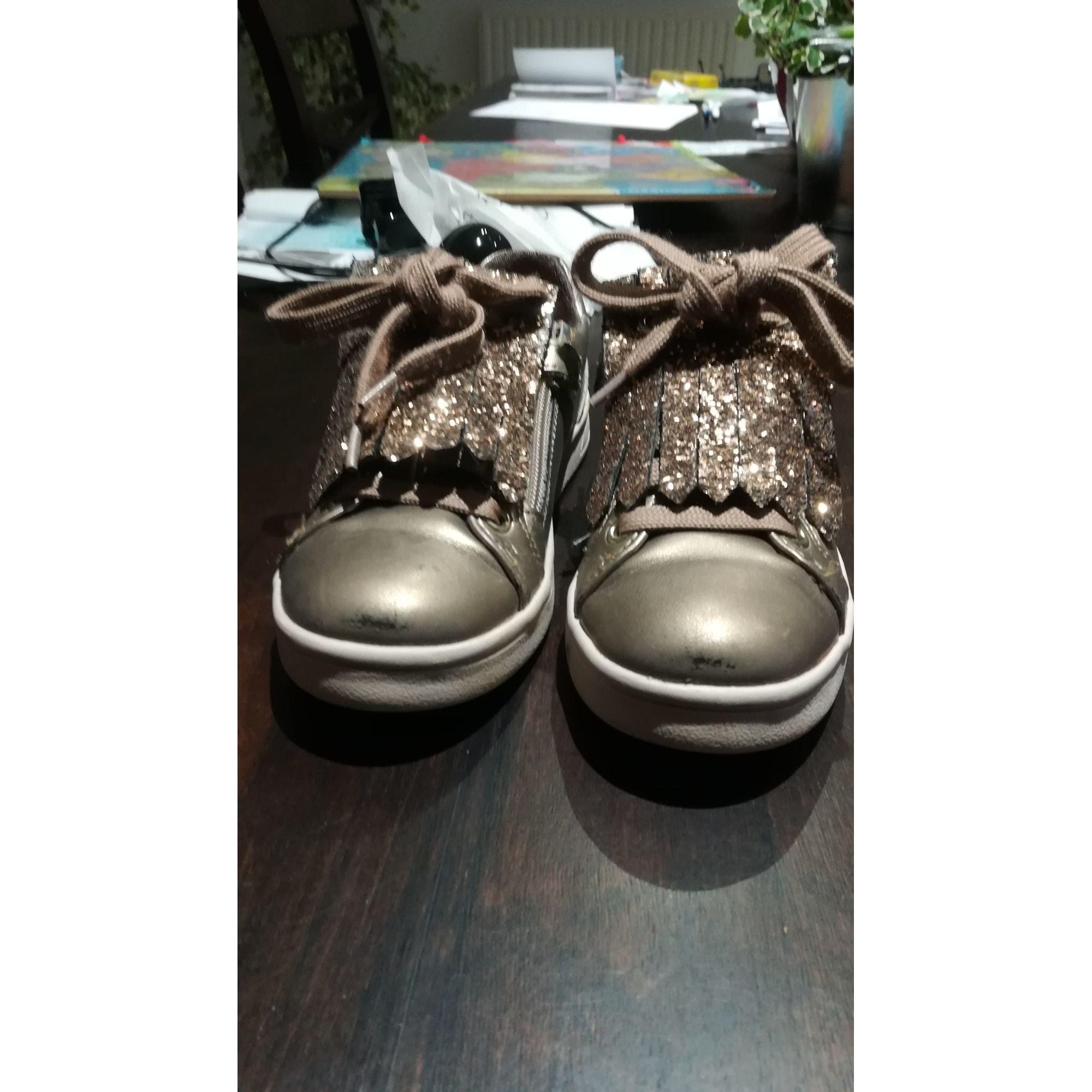 Chaussures à lacets GEOX Doré, bronze, cuivre
