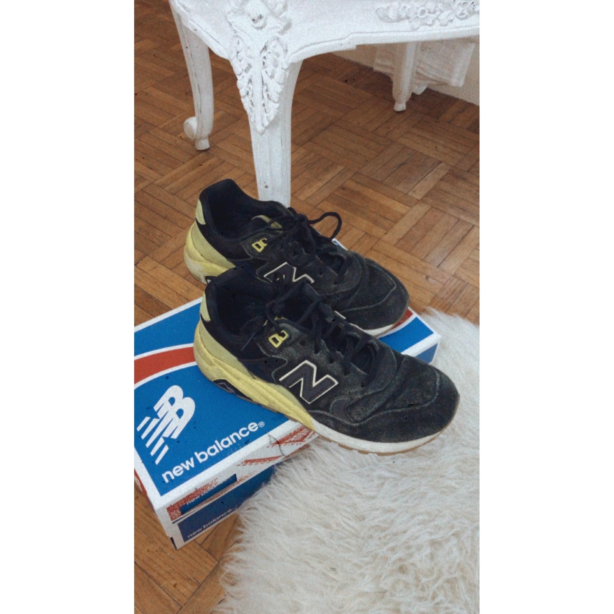 Baskets NEW BALANCE Noir