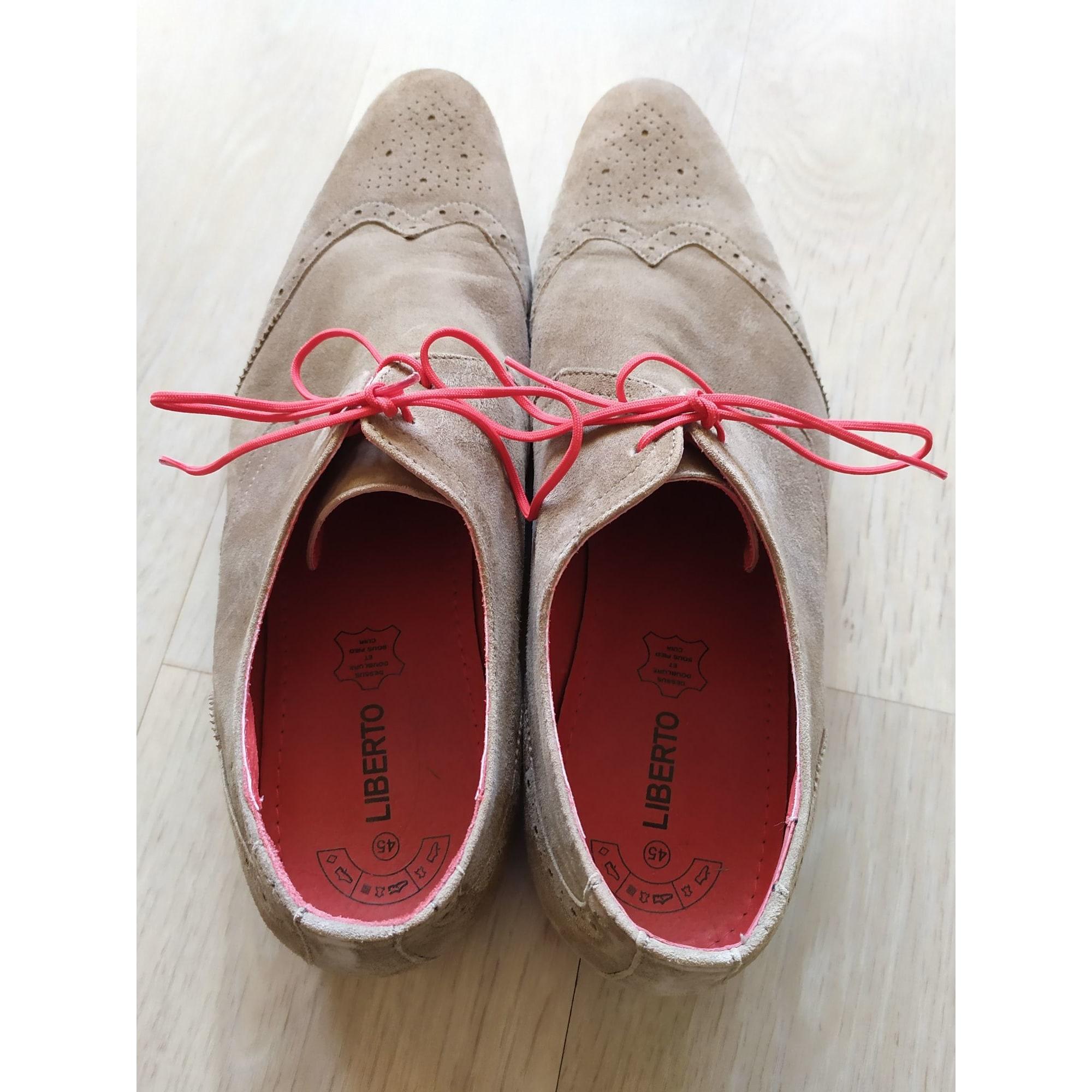 Chaussures à lacets LIBERTO Marron
