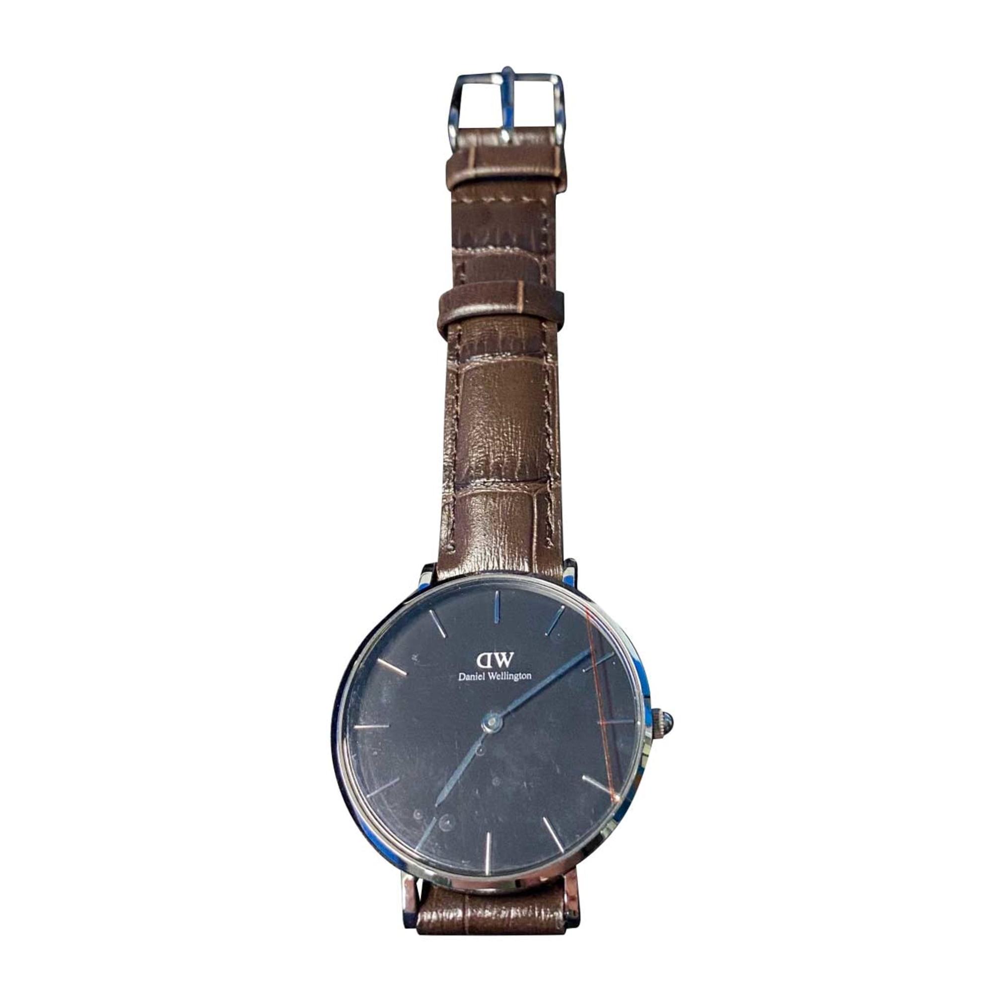Wrist Watch DANIEL WELLINGTON Brown