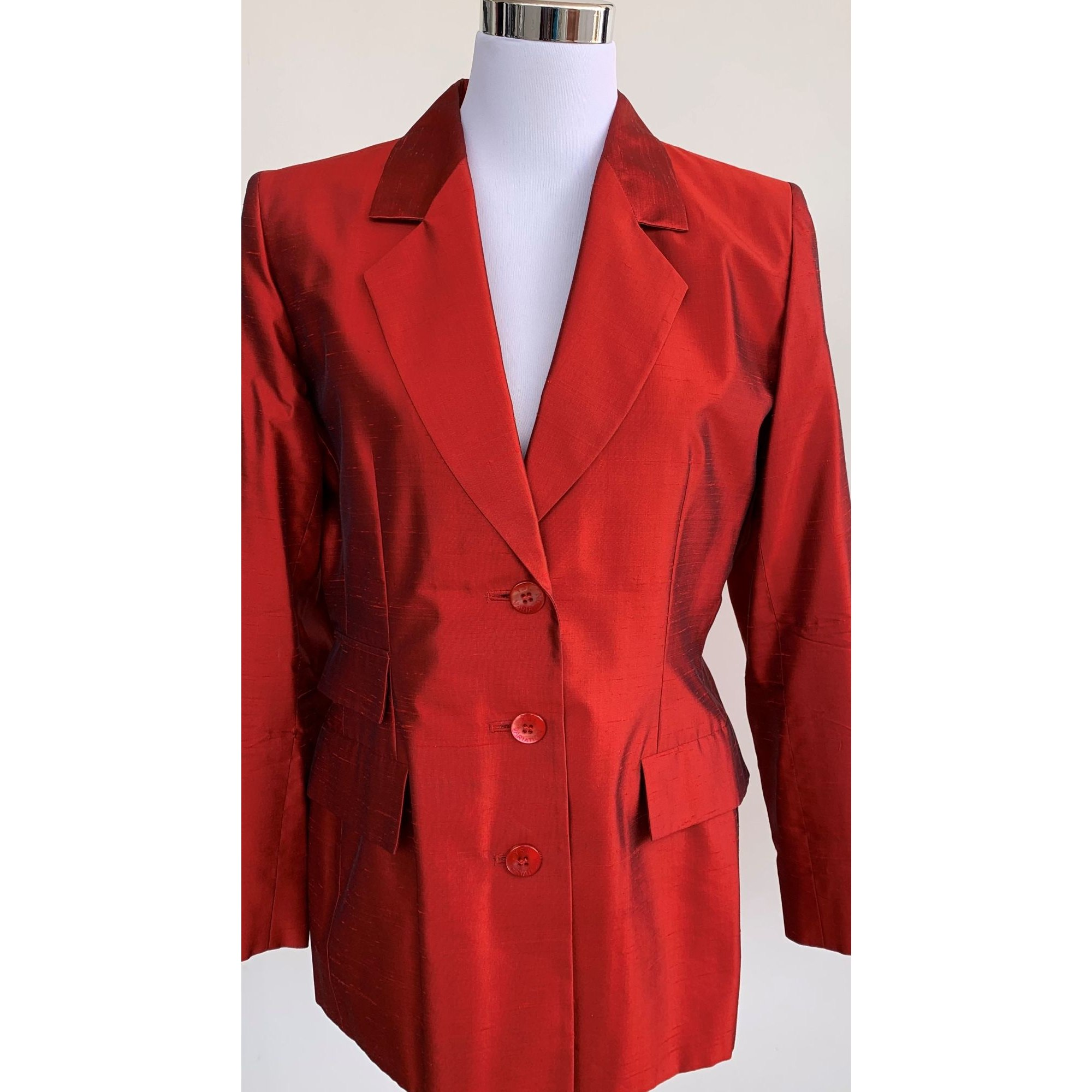 Blazer, veste tailleur YVES SAINT LAURENT Rouge, bordeaux