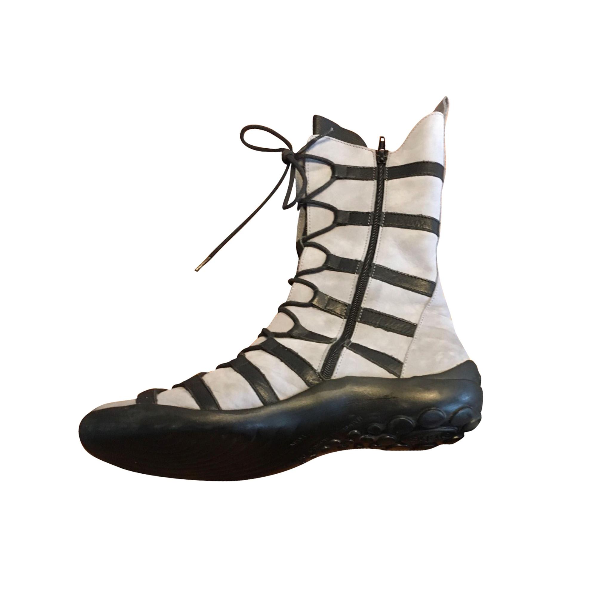 Bottines & low boots plates ARCHE Multicouleur