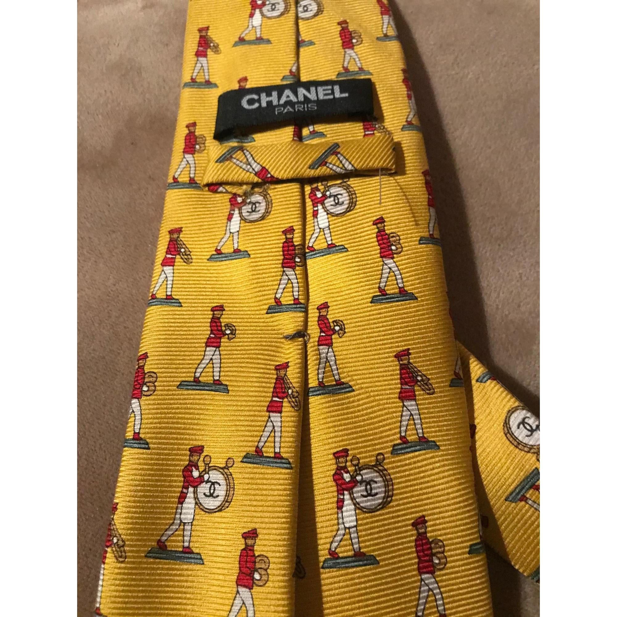 Tie CHANEL Yellow