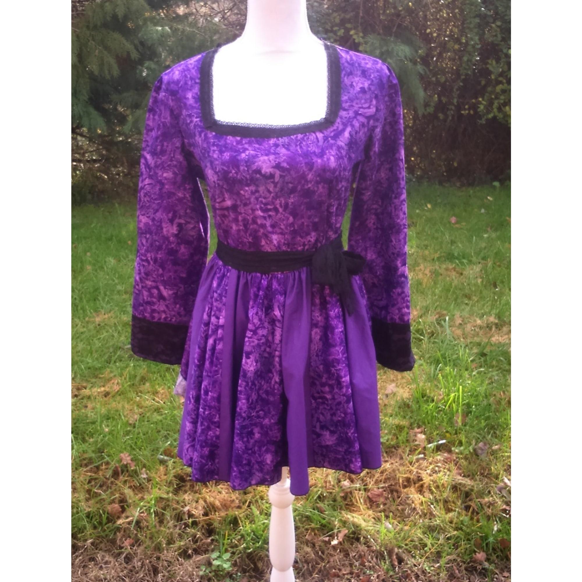 Robe courte MARQUE INCONNUE Violet, mauve, lavande