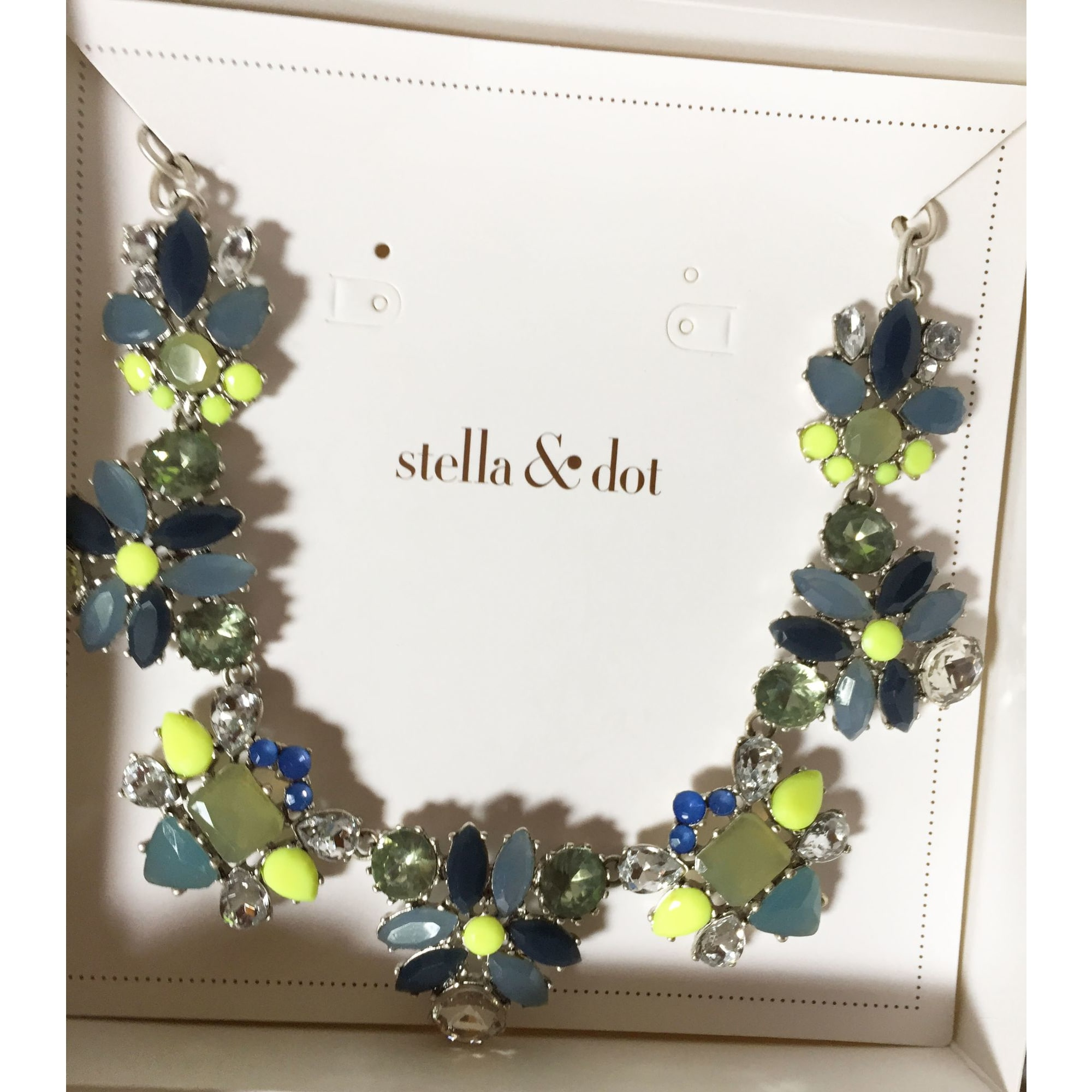 Pendentif, collier pendentif STELLA & DOT Bleu, bleu marine, bleu turquoise