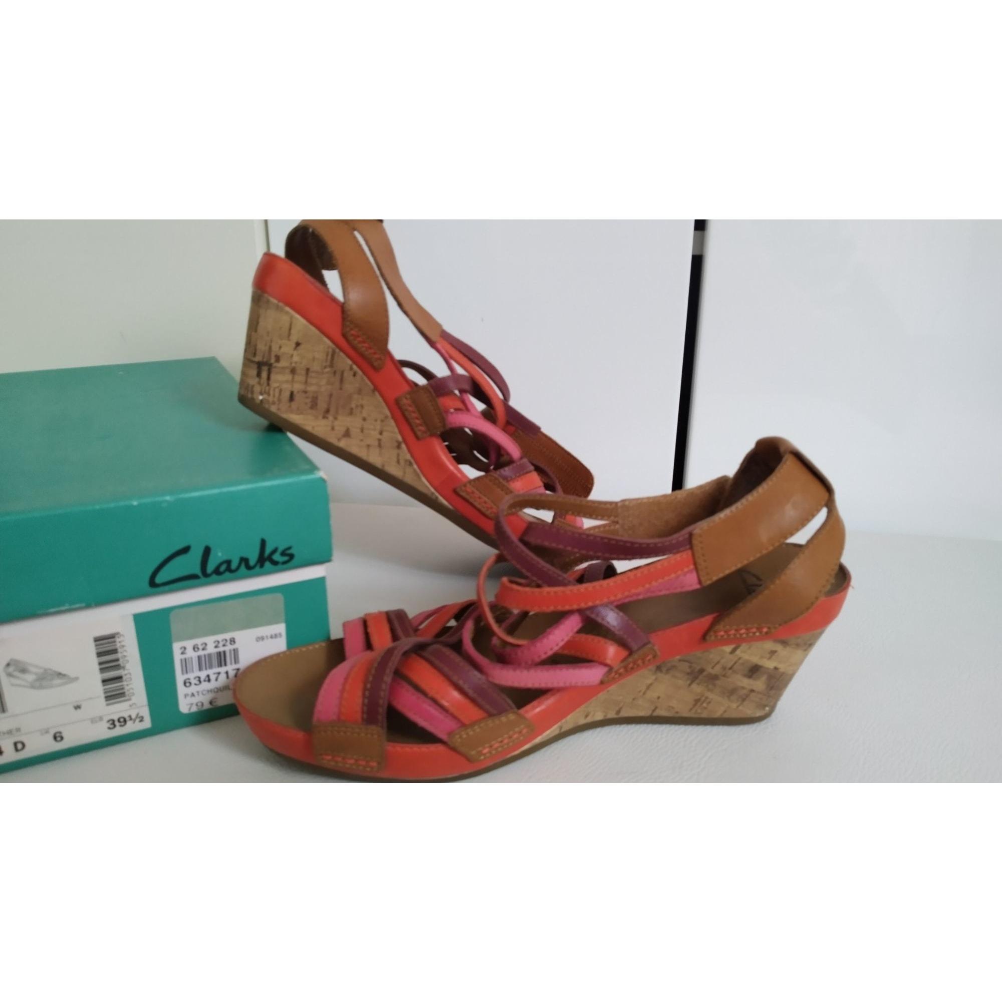 Sandales compensées CLARKS Rose, fuschia, vieux rose