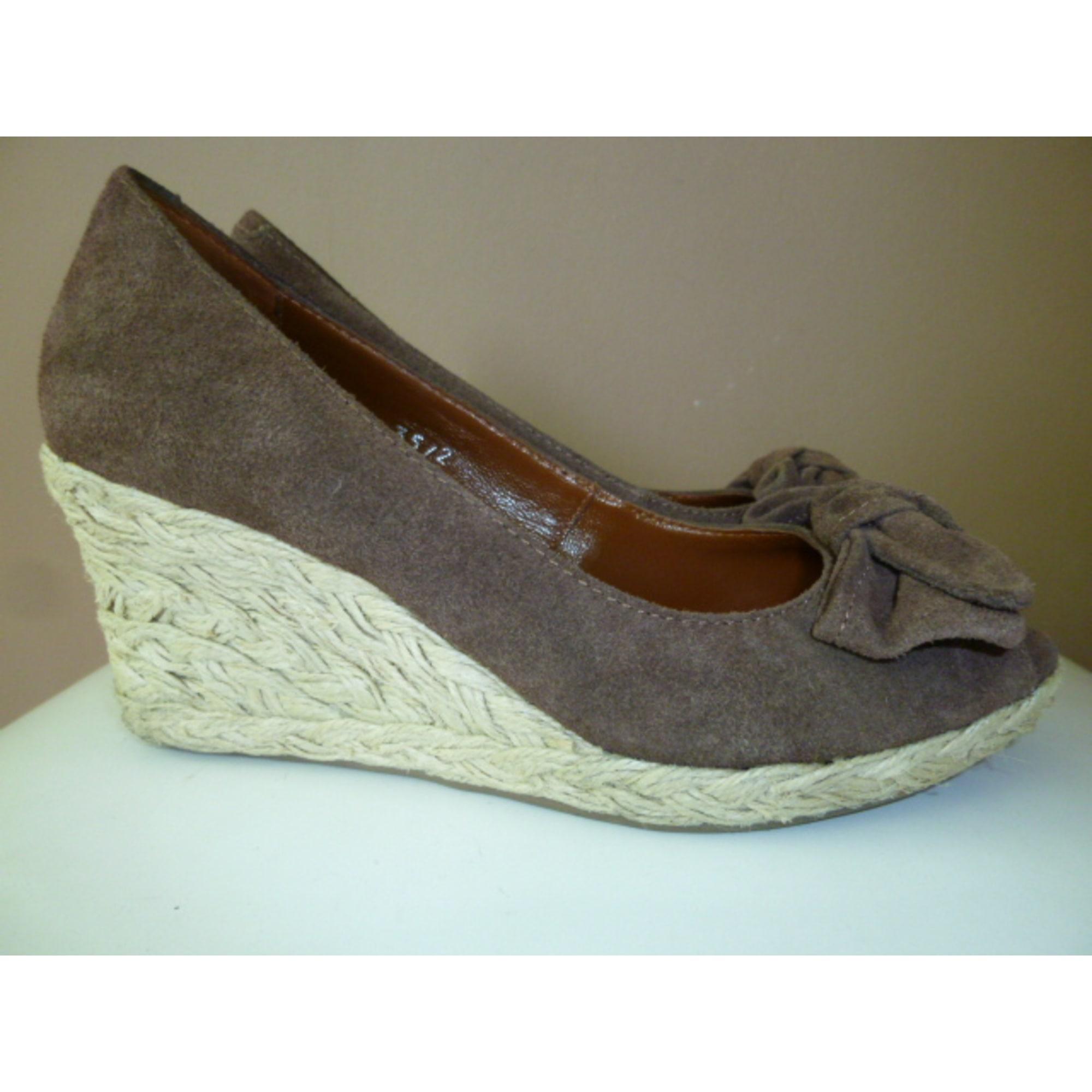 Sandales compensées MARQUE INCONNUE Marron