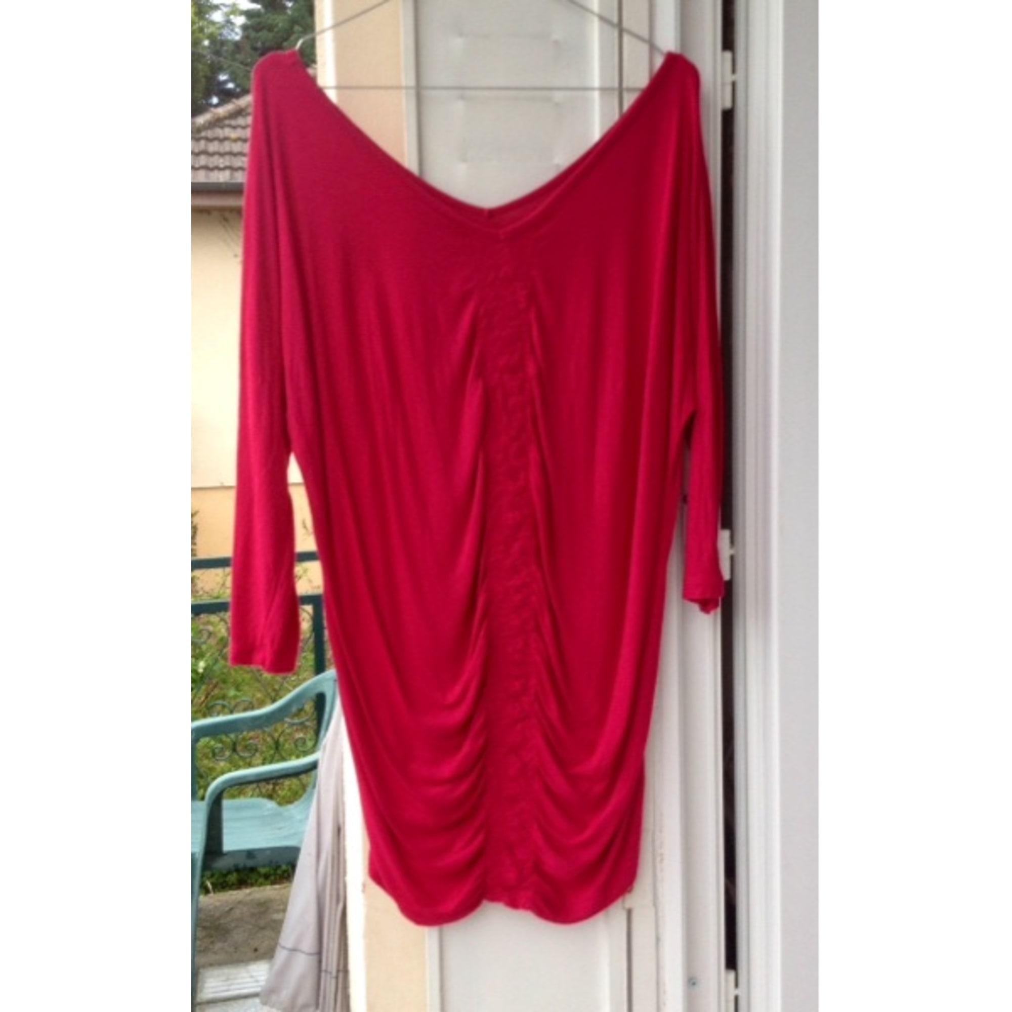 Top, tee-shirt INCONNU Rouge, bordeaux