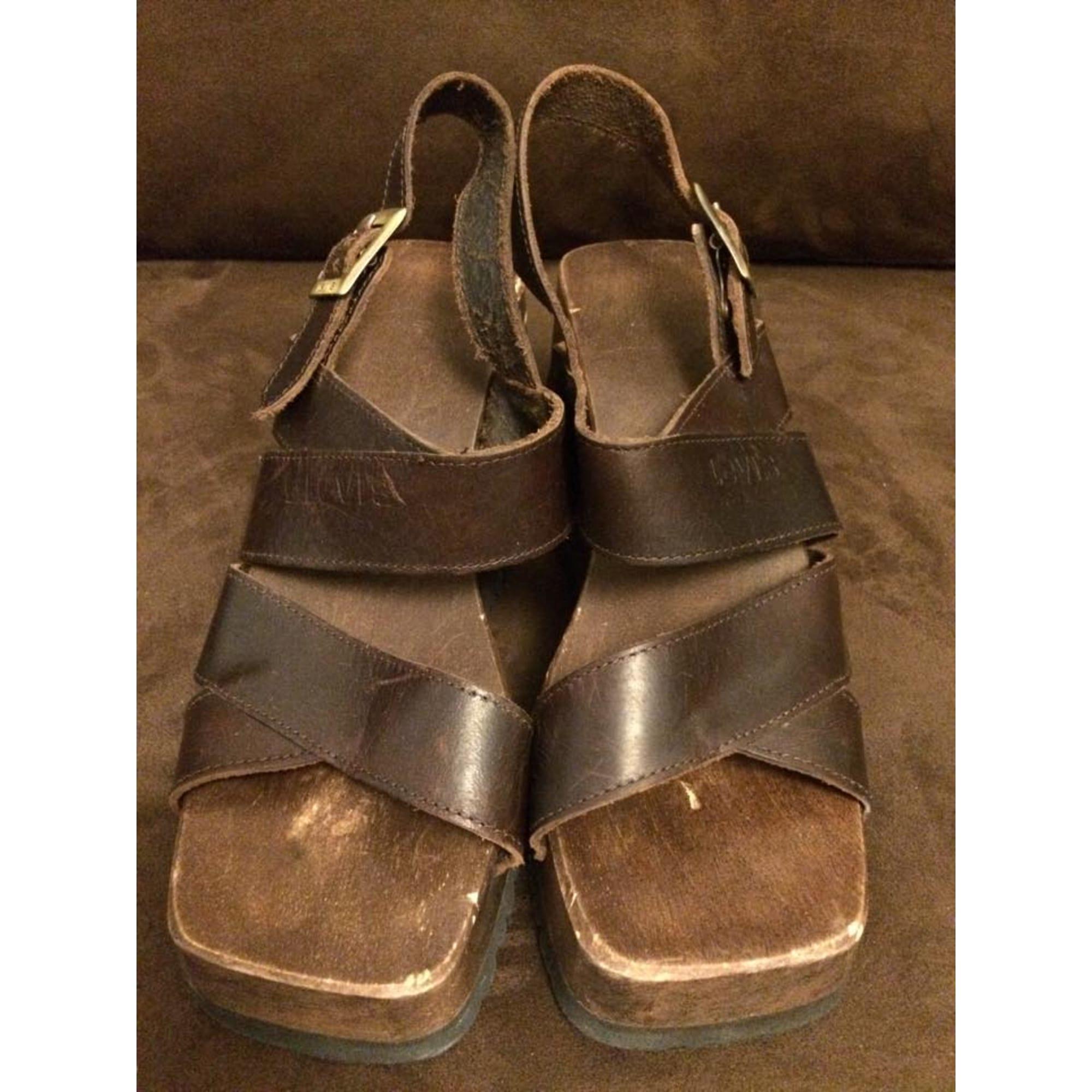 Sandales compensées LEVI'S Marron