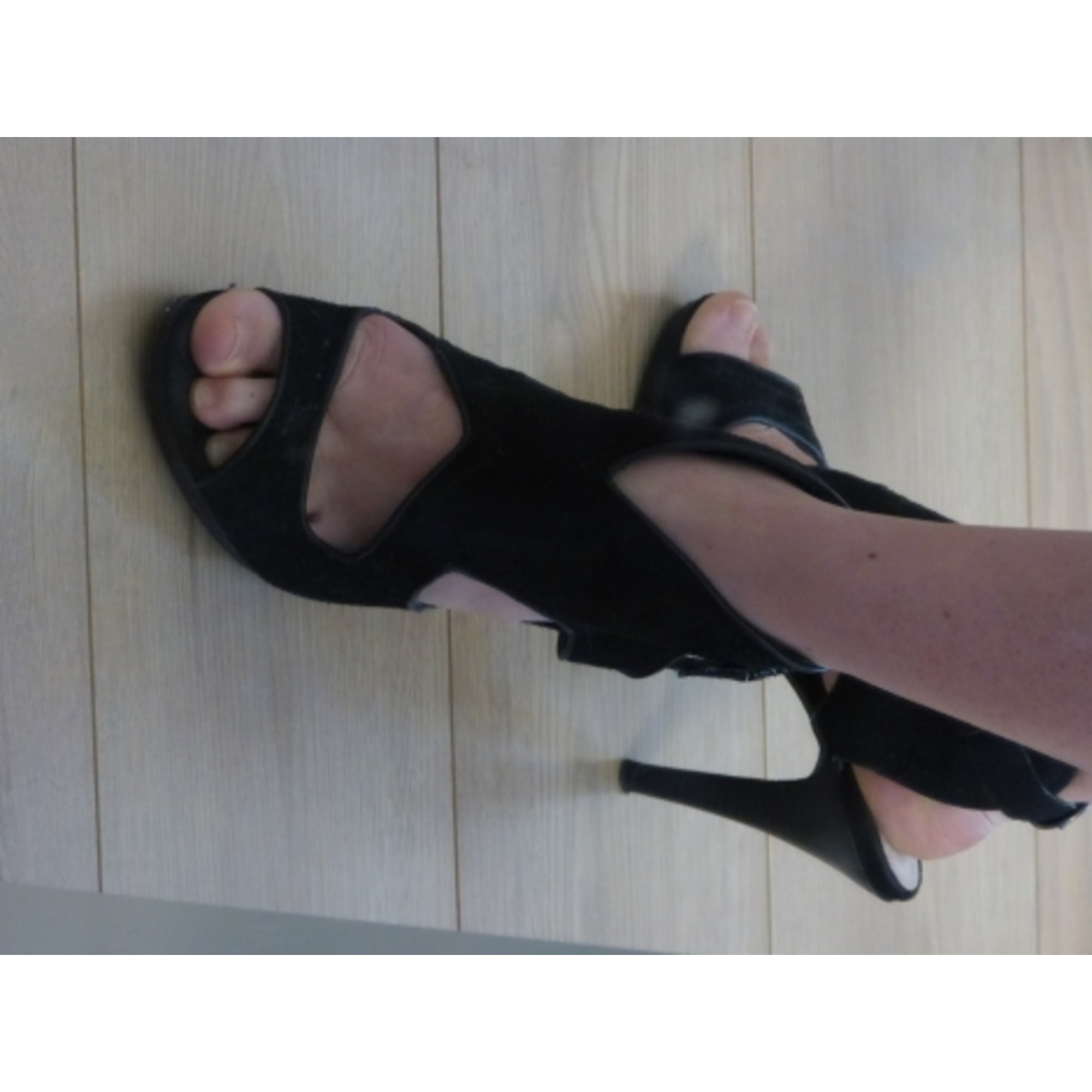 Sandales à talons BEE FLY Noir