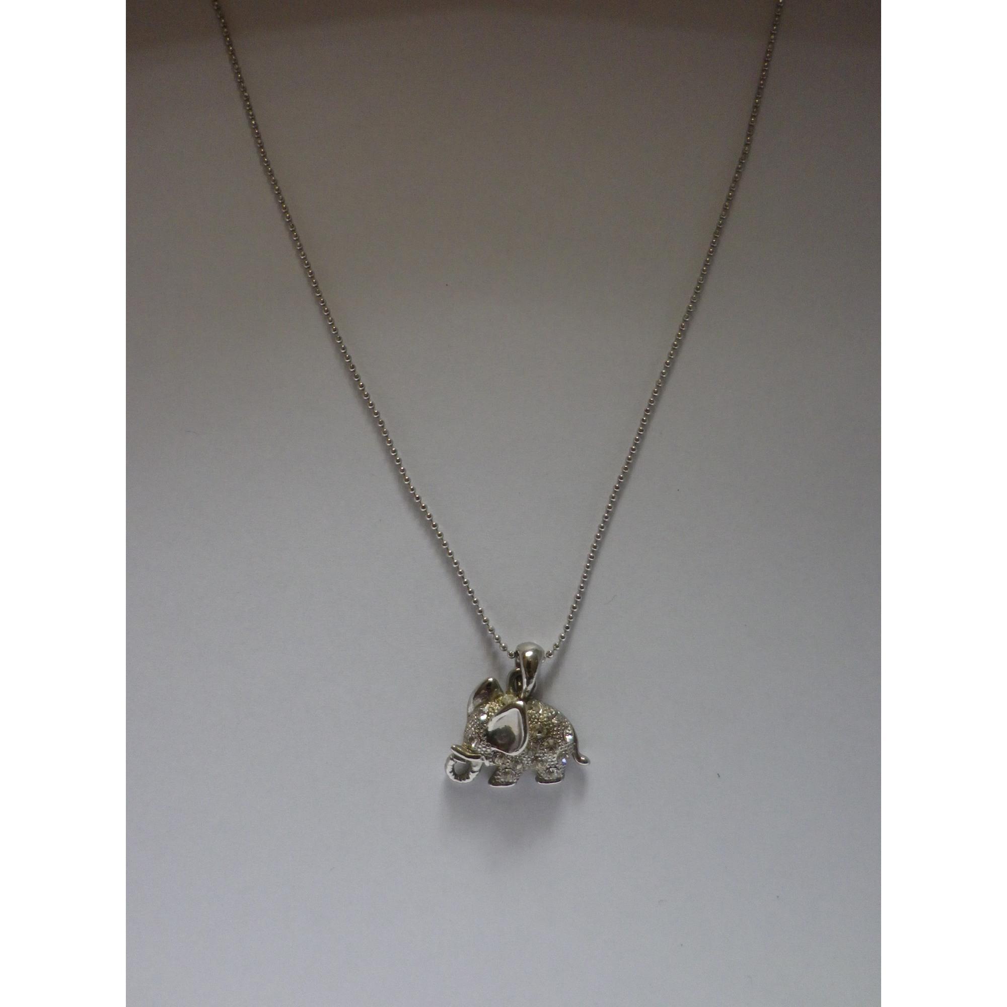 Pendentif, collier pendentif MARQUE INCONNUE Argenté, acier