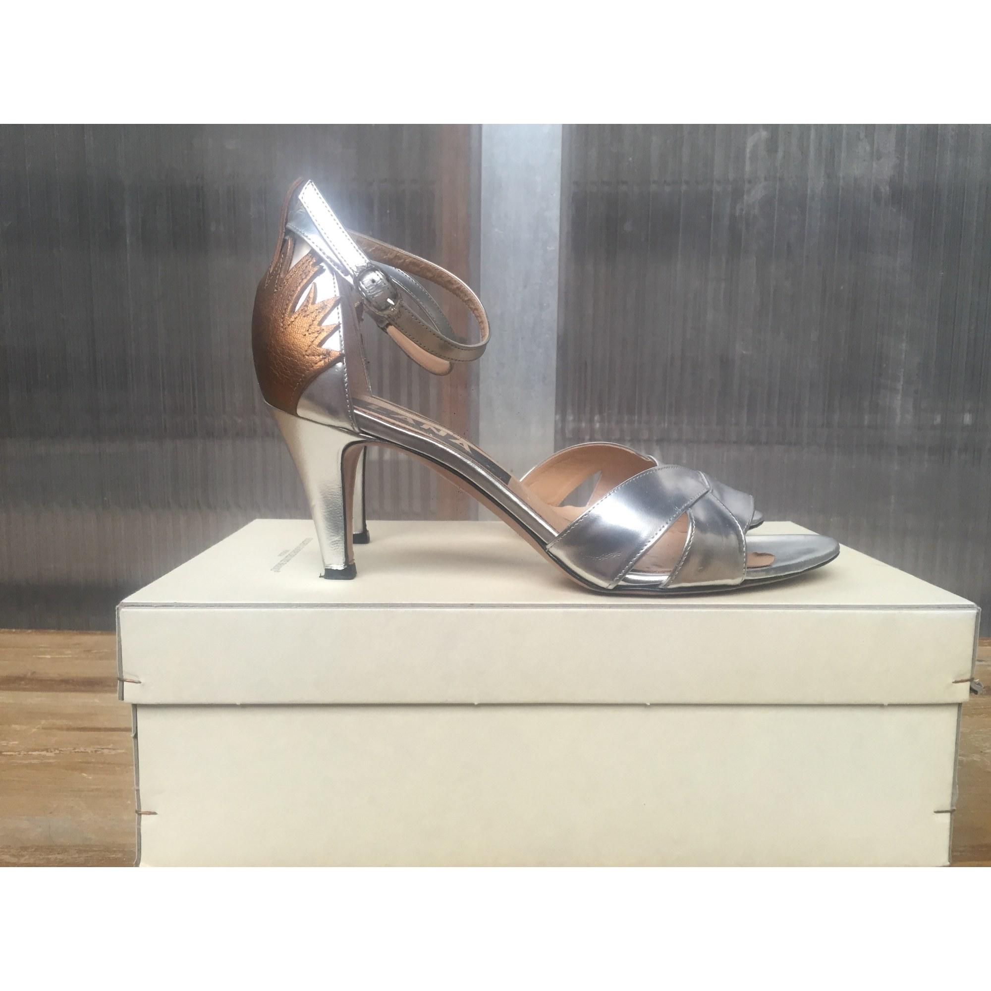 Sandales à talons GOLDEN GOOSE Argenté, acier