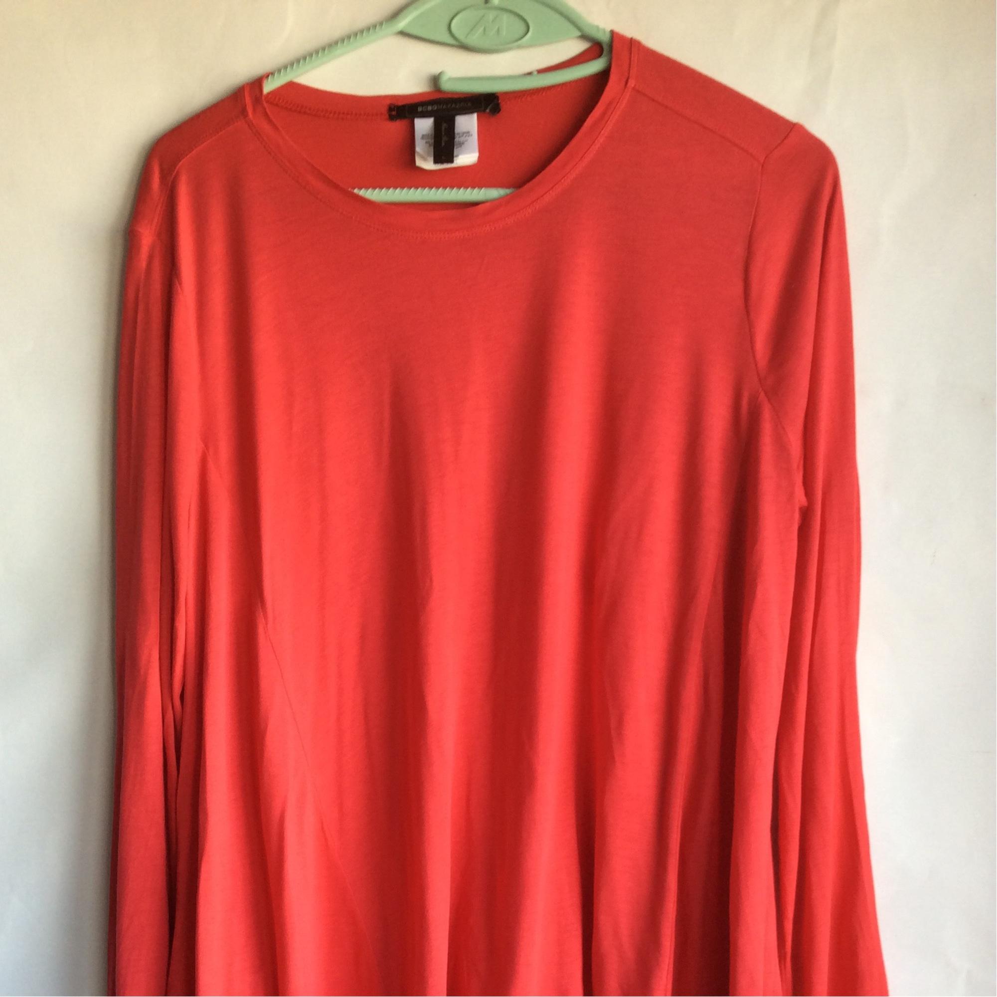 Top, tee-shirt BCBG MAX AZRIA Rouge, bordeaux