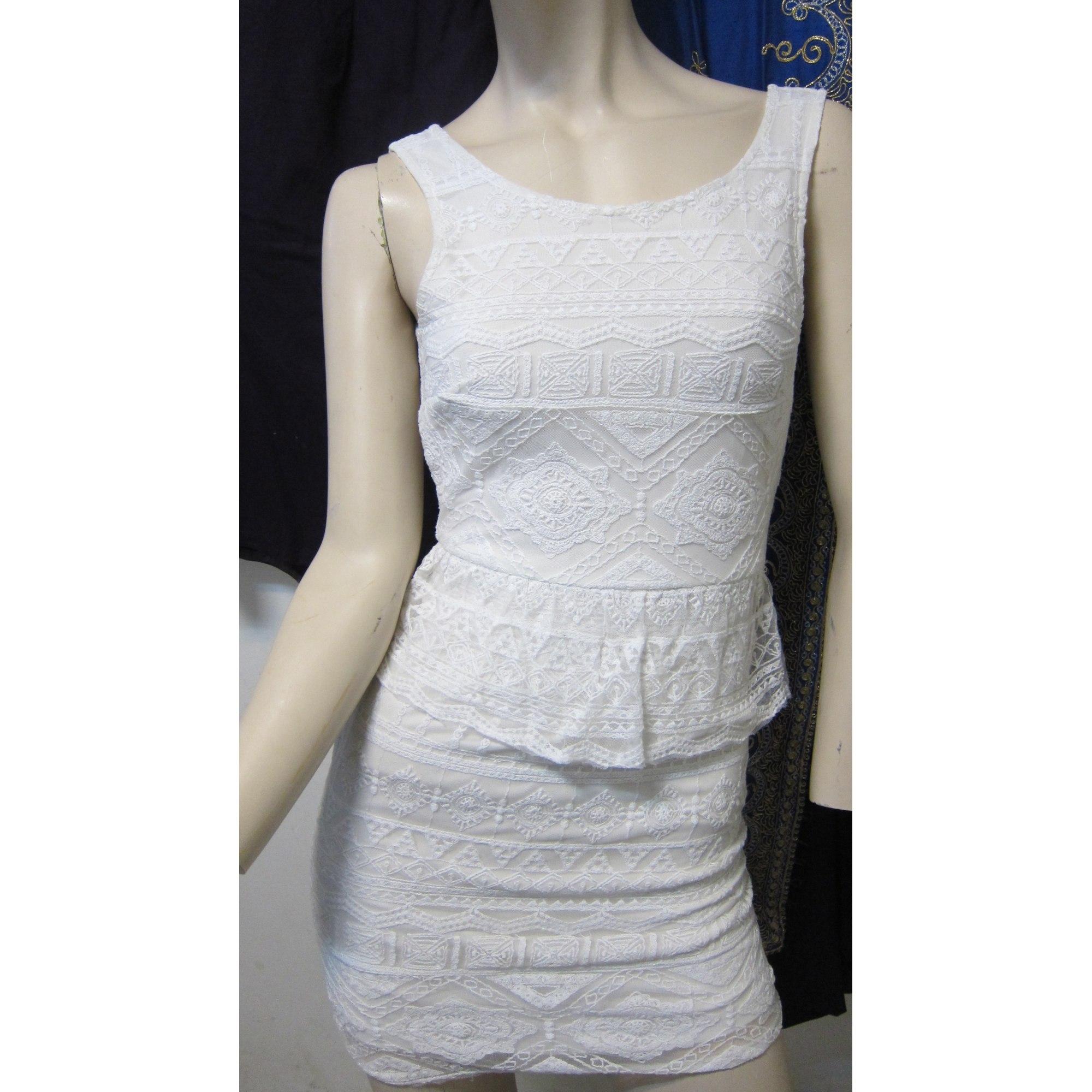 Robe courte AMERICAN EAGLE OUTFITTERS Blanc, blanc cassé, écru