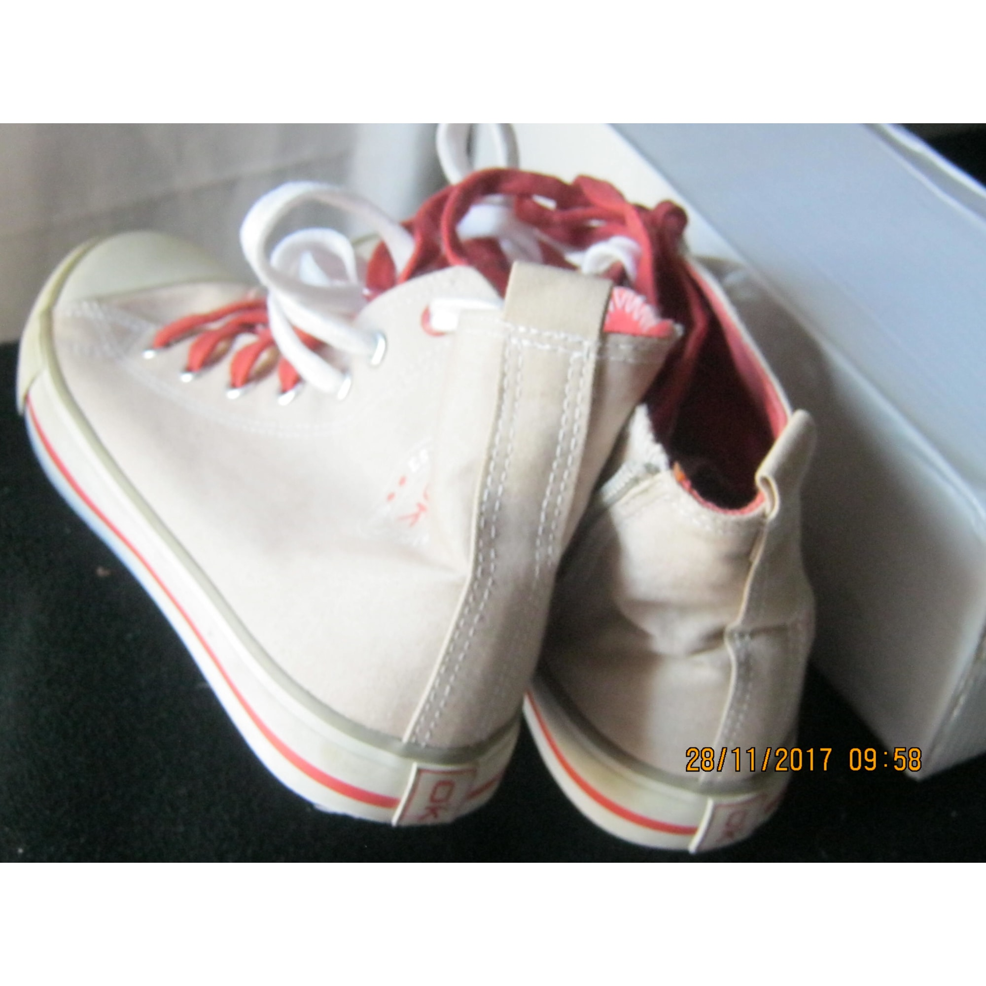 Chaussures à lacets OKAÏDI Beige, camel