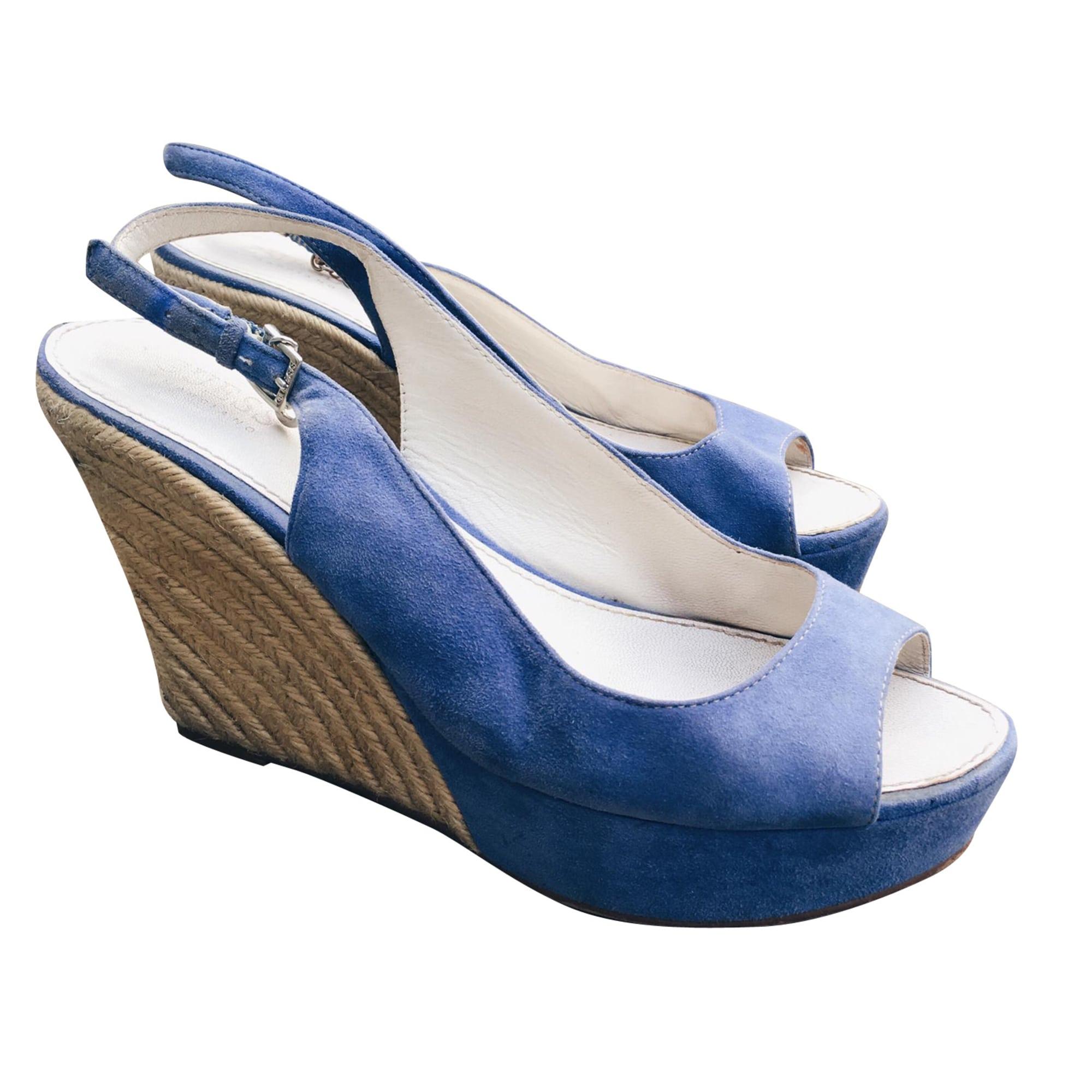 Sandales compensées GUESS Bleu, bleu marine, bleu turquoise