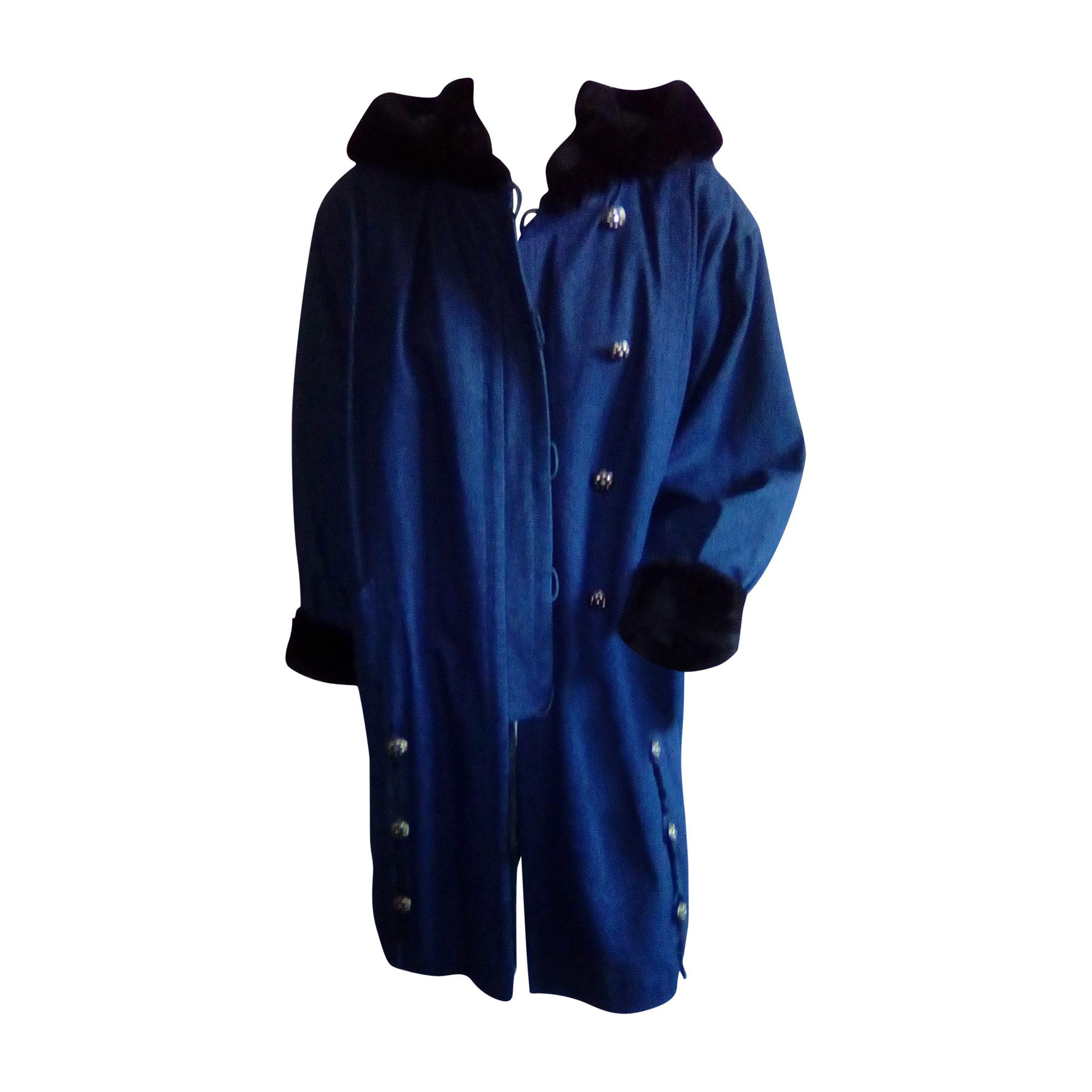 Manteau YVES SAINT LAURENT Bleu, bleu marine, bleu turquoise