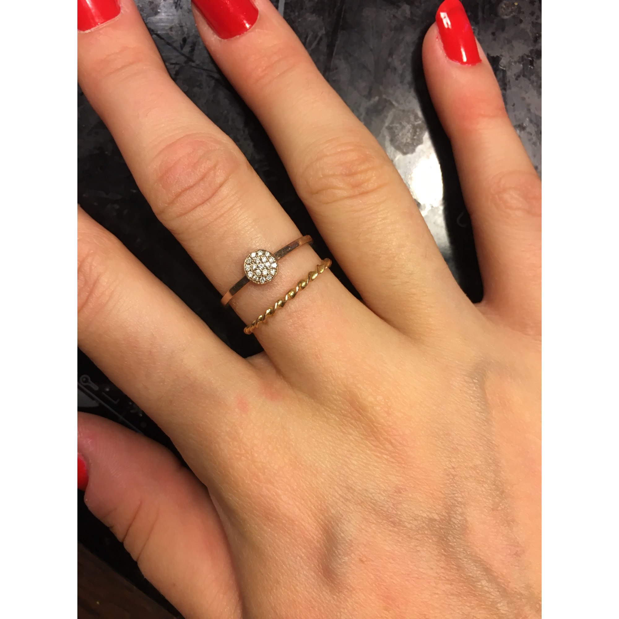 manège à bijoux bague femme