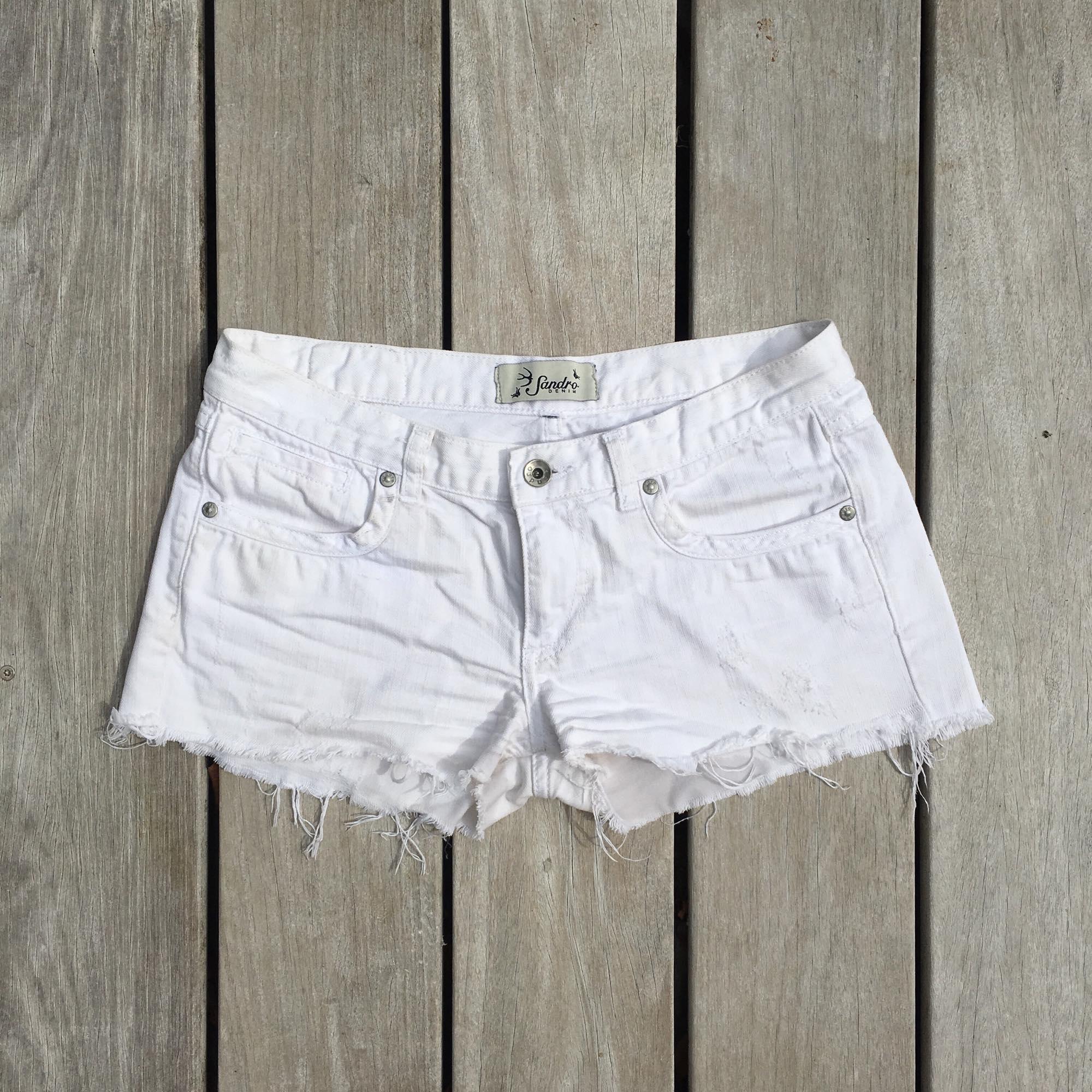 Short en jean SANDRO Blanc, blanc cassé, écru