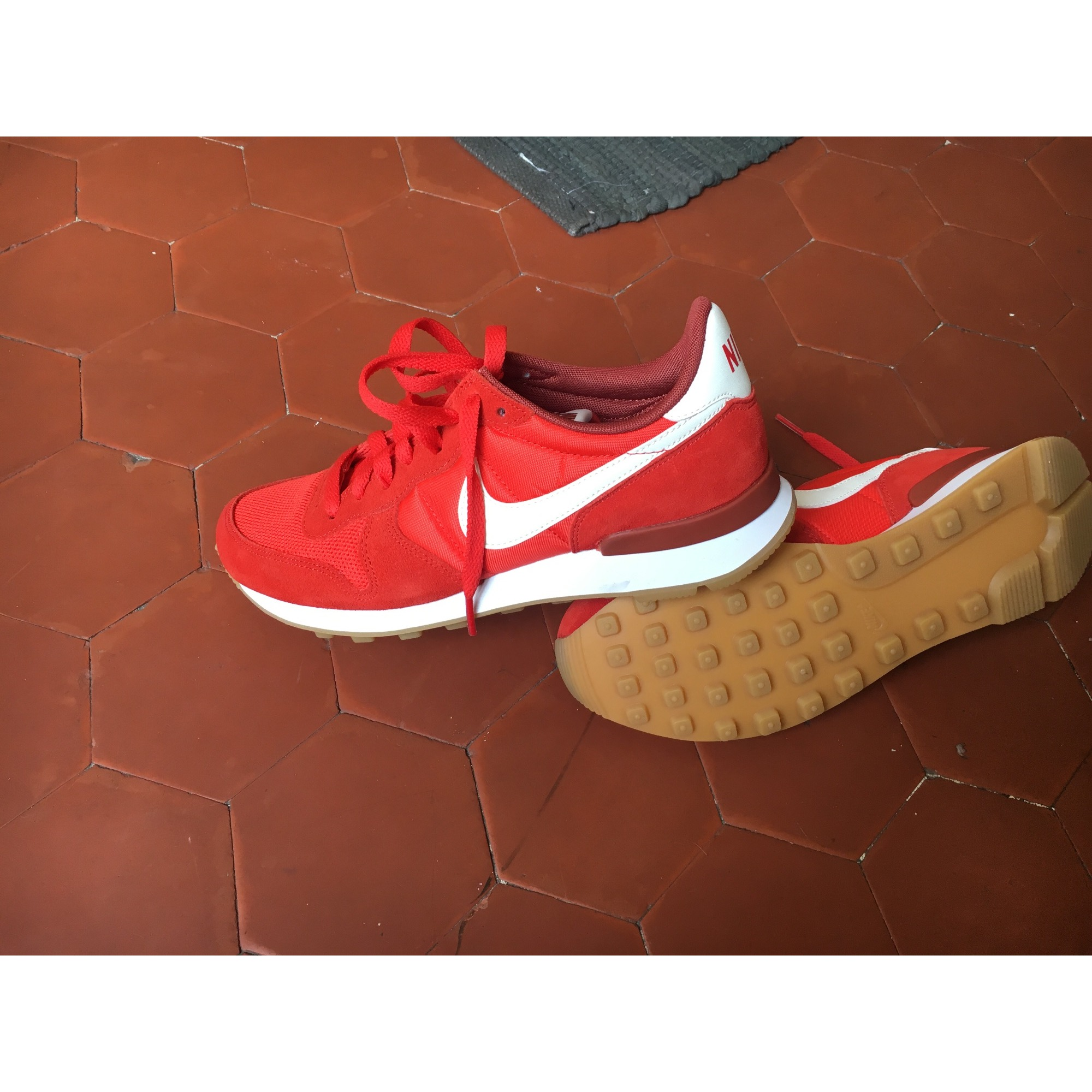 nike internationalist femme rouge